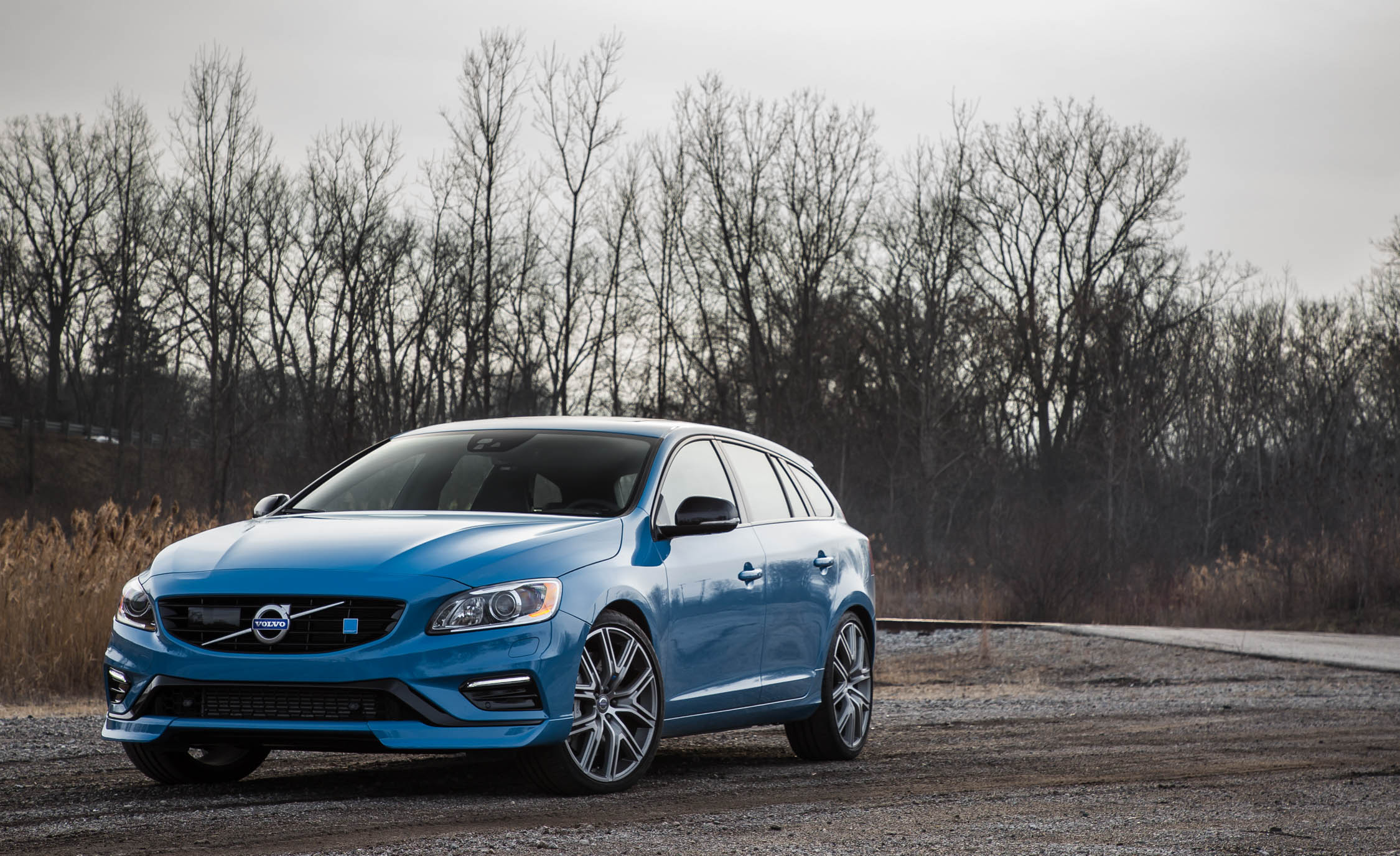 2017 Volvo V60 Polestar Exterior Front (Photo 3 of 53)