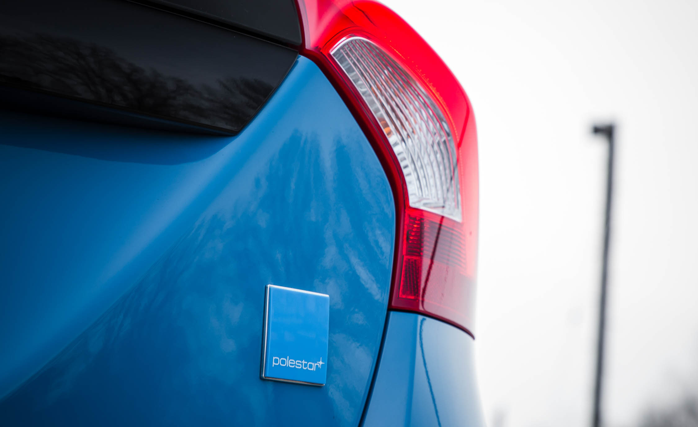 2017 Volvo V60 Polestar Exterior View Rear Emblem (Photo 12 of 53)