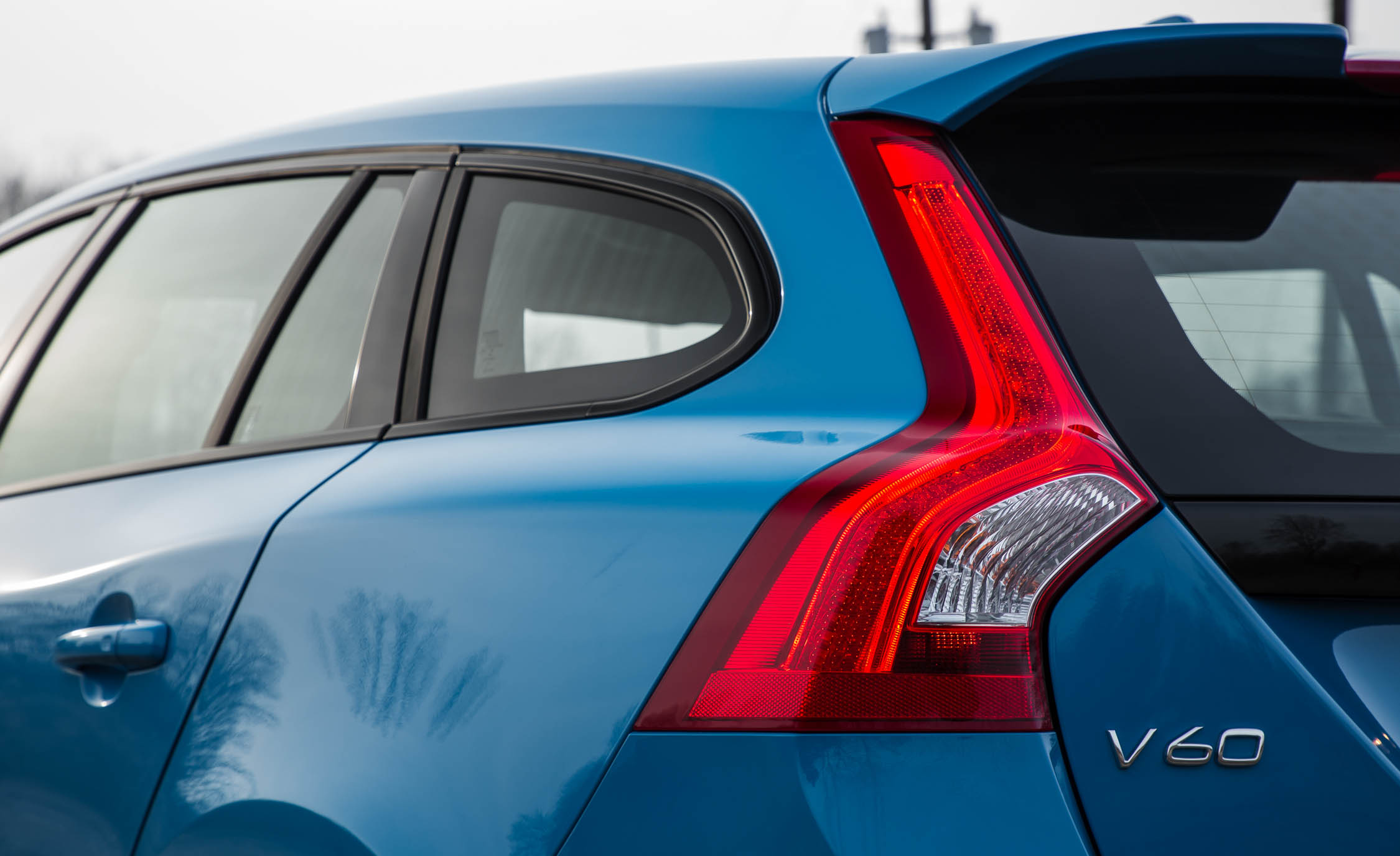 2017 Volvo V60 Polestar Exterior View Taillight (Photo 15 of 53)