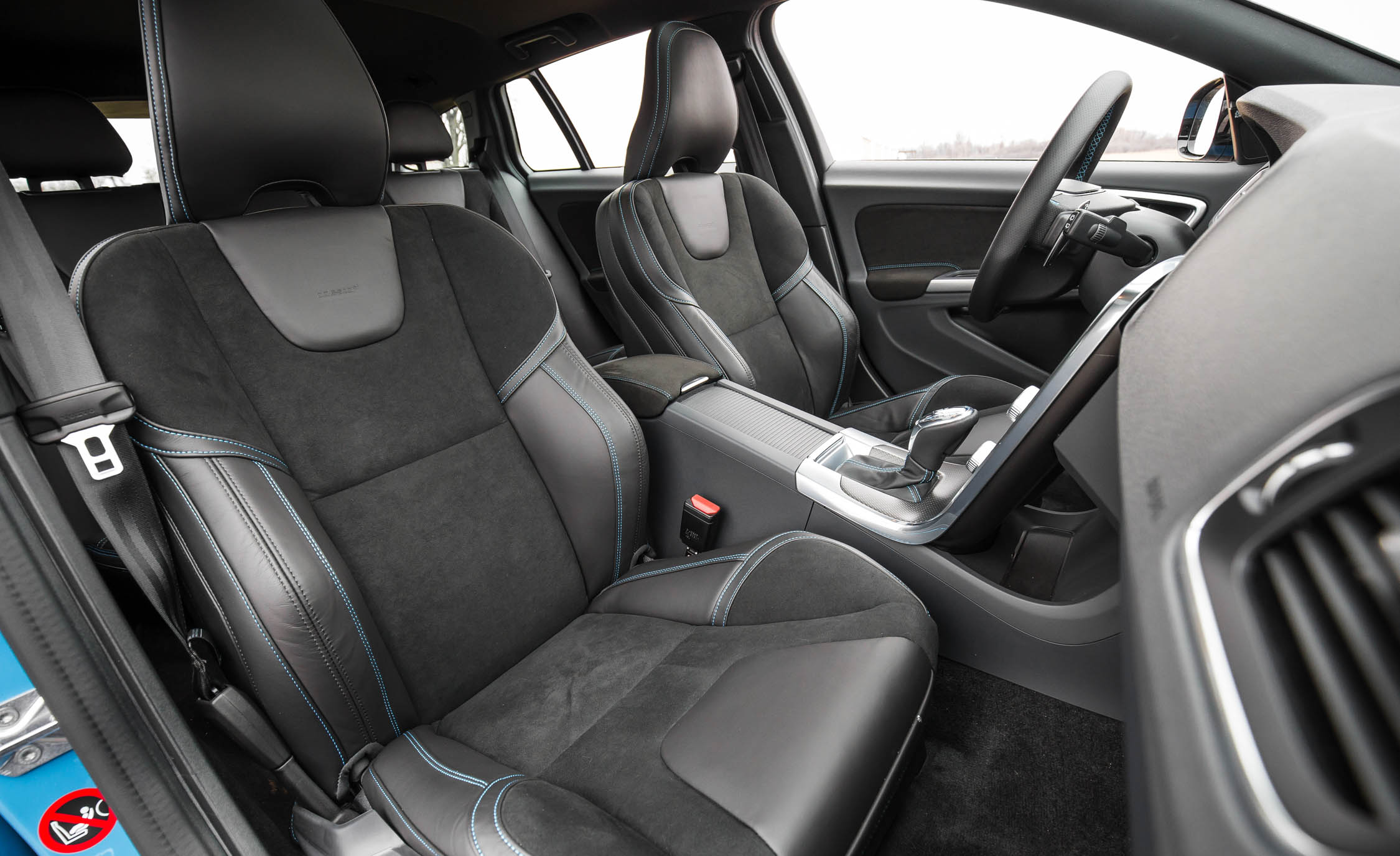 2017 Volvo V60 Polestar Interior Seats Front (View 45 of 53)