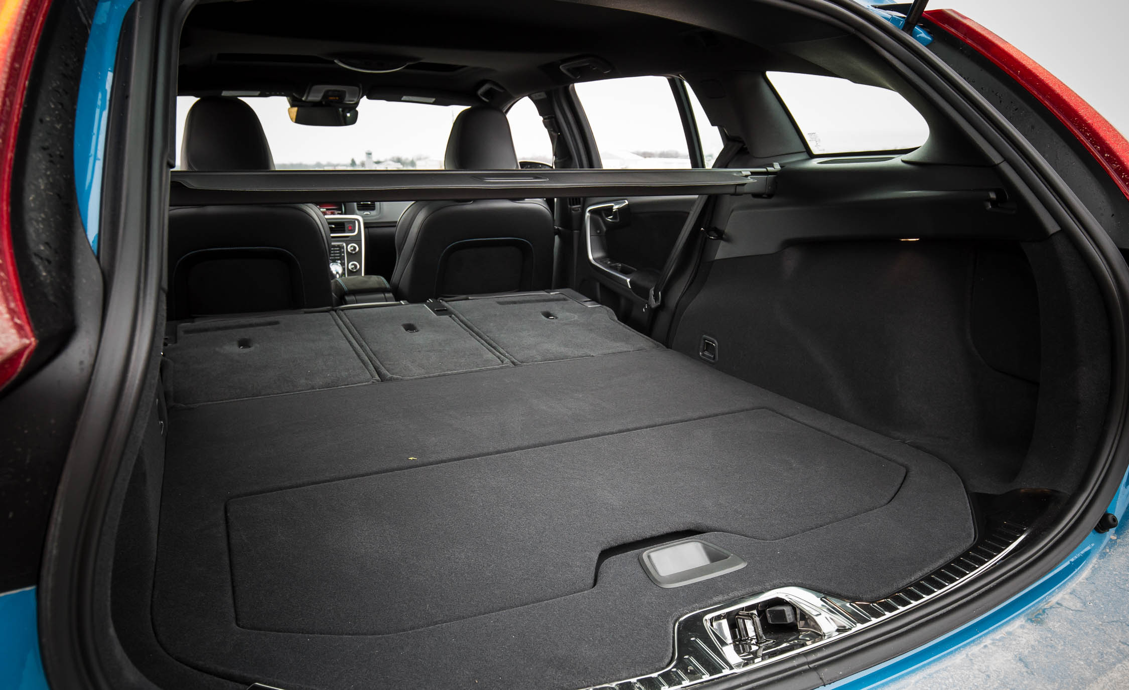 2017 Volvo V60 Polestar Interior View Cargo Seats Folded (Photo 30 of 53)