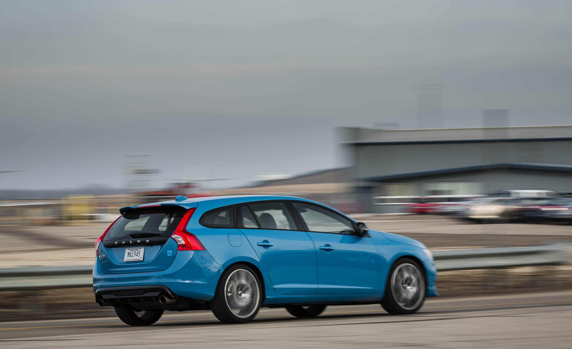 2017 Volvo V60 Polestar Test Drive Rear And Side (View 4 of 53)