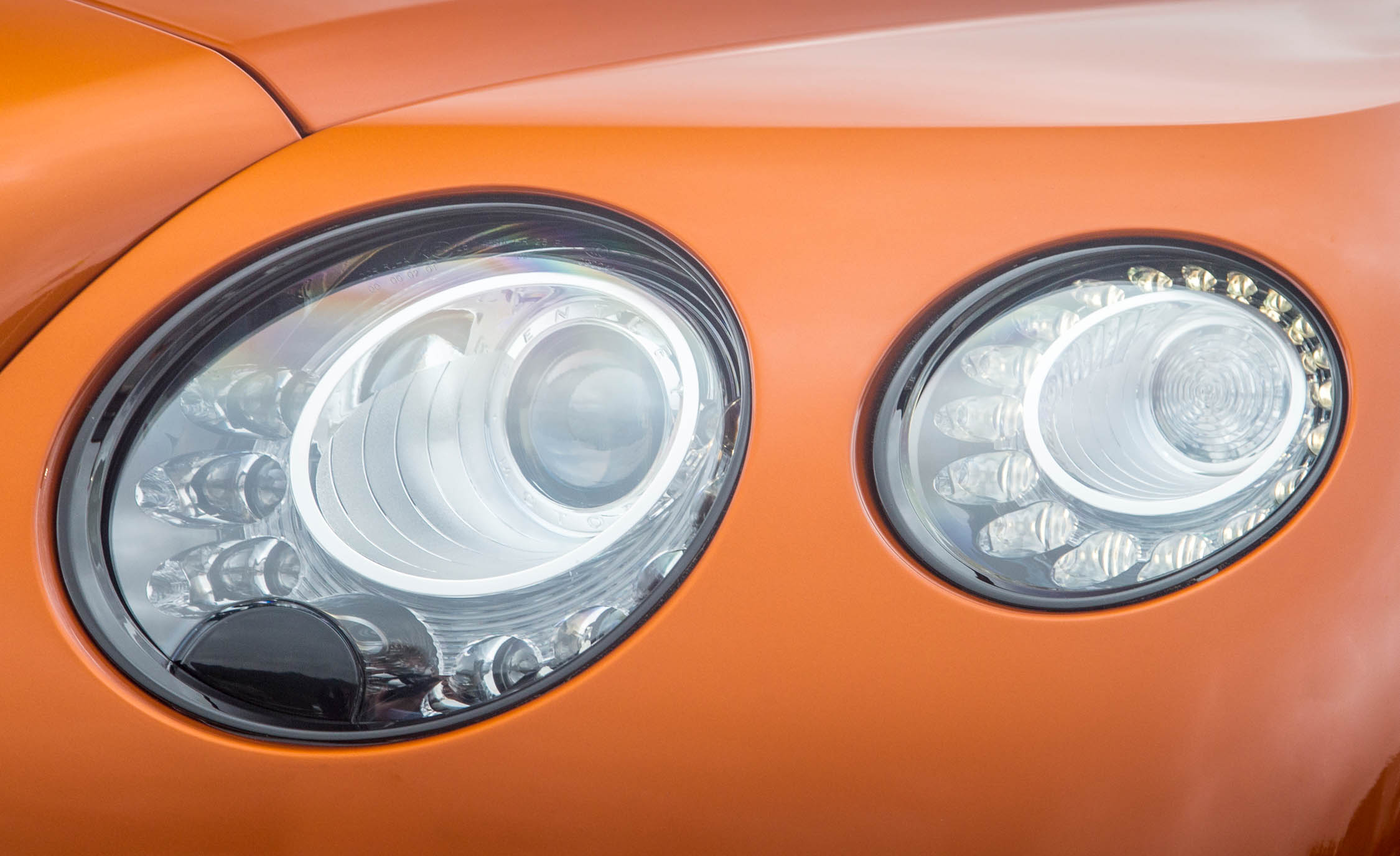 2018 Bentley Continental Supersports Convertible Exterior View Headlight (Photo 59 of 66)