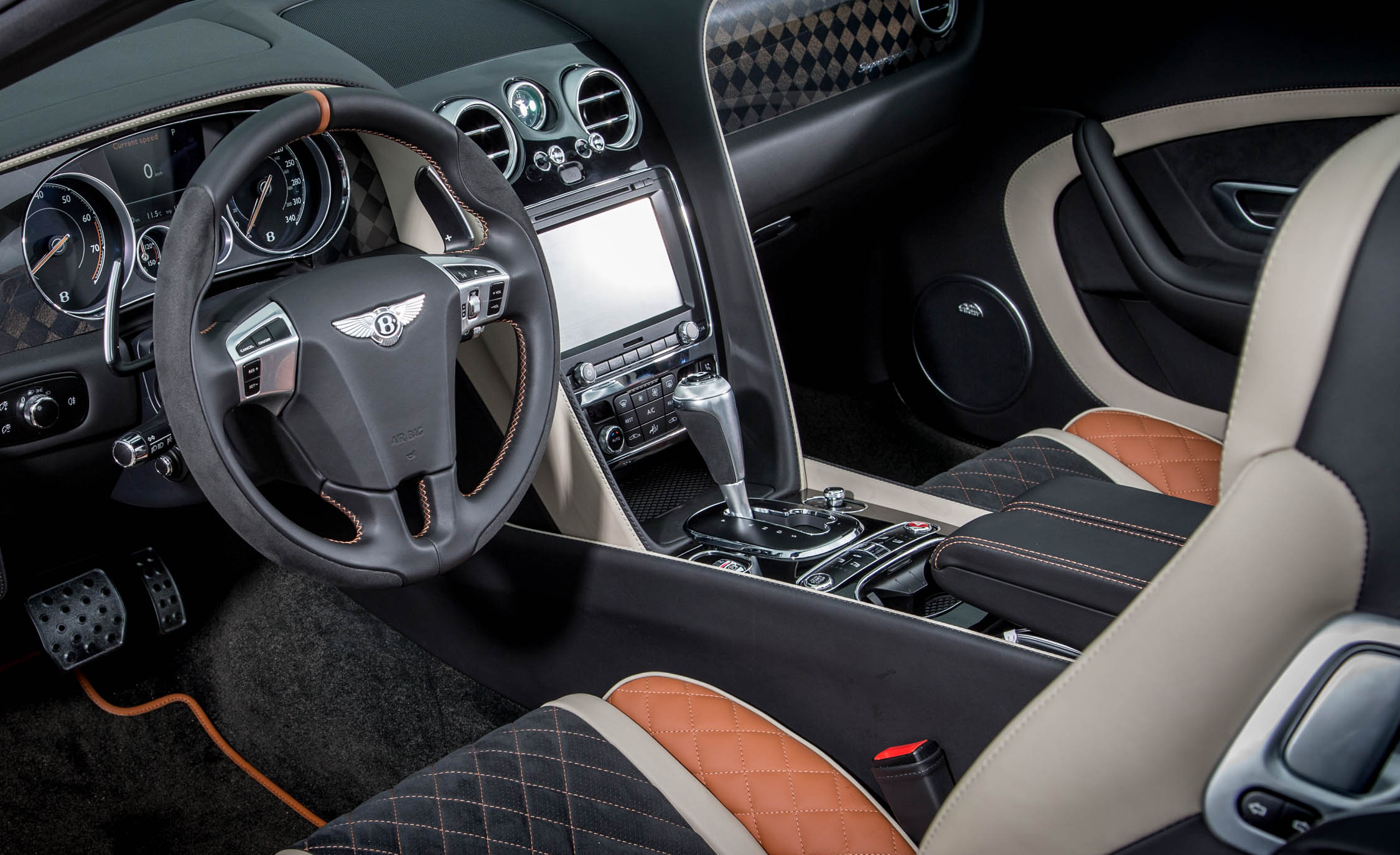 2018 Bentley Continental Supersports Convertible Interior Driver Cockpit And Dash (View 33 of 66)
