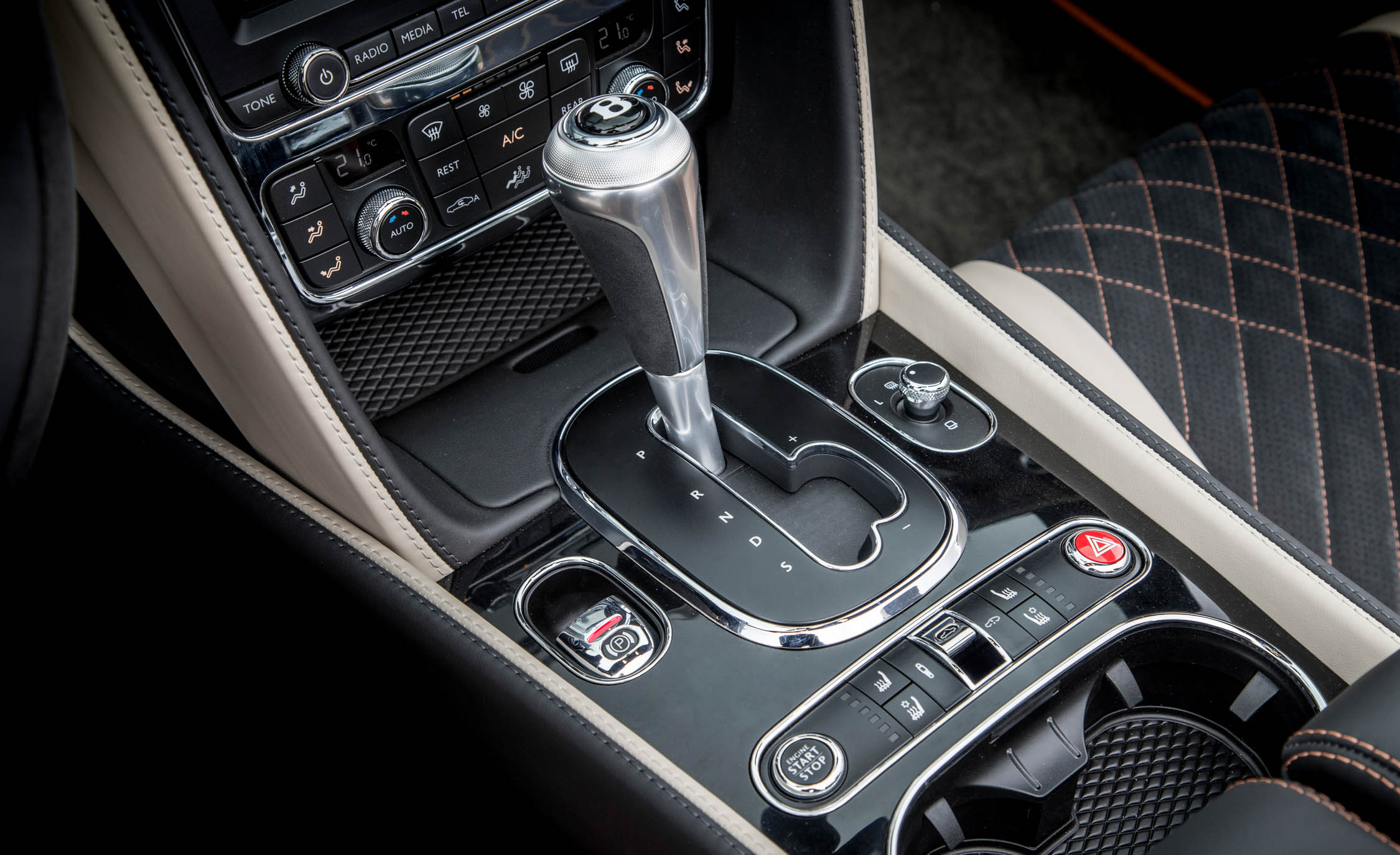 2018 Bentley Continental Supersports Convertible Interior View Gear Shift Knob (View 44 of 66)