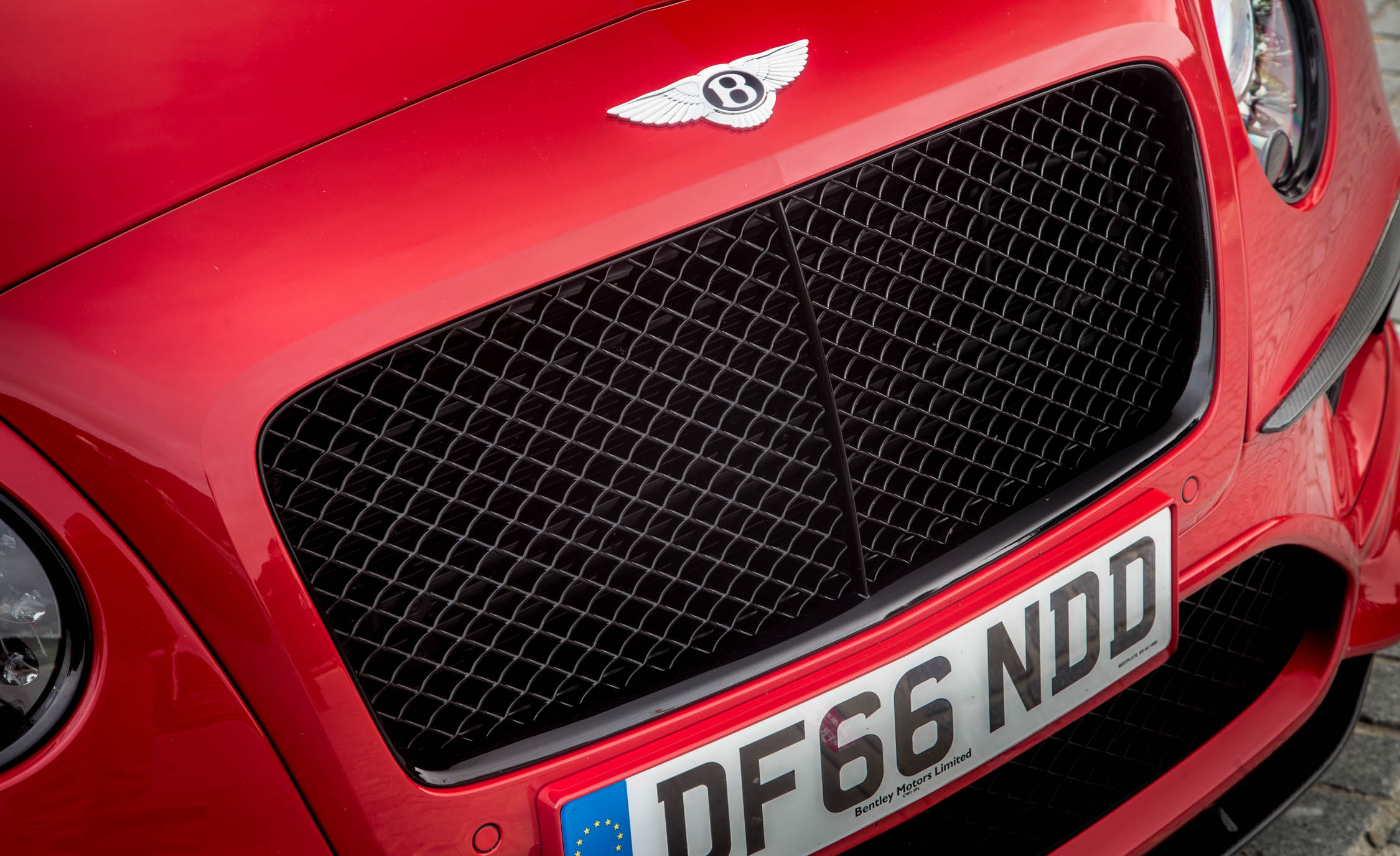 2018 Bentley Continental Supersports Exterior View Grille (Photo 17 of 66)