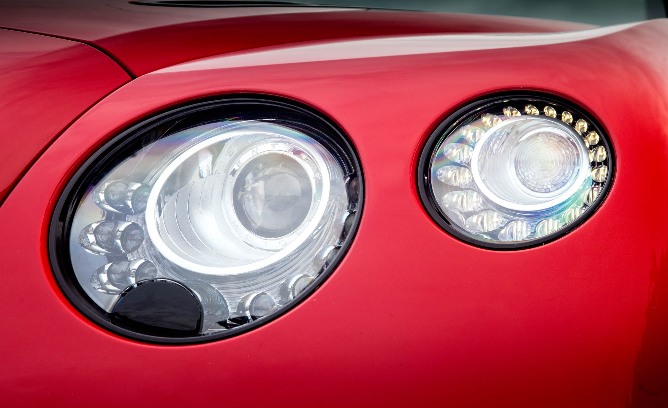 2018 Bentley Continental Supersports Exterior View Headlight (Photo 18 of 66)
