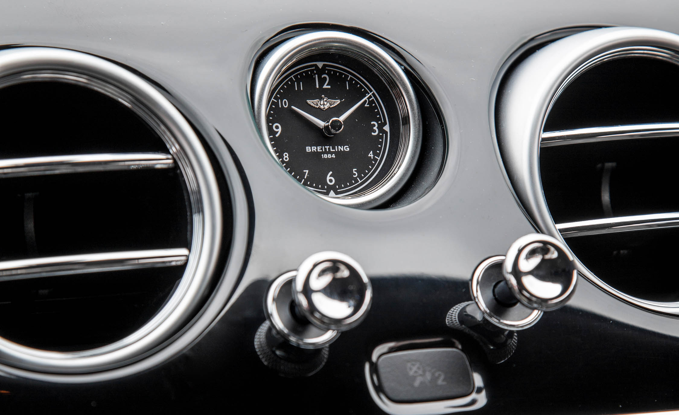 2018 Bentley Continental Supersports Interior View Dashboard Clock (View 6 of 66)