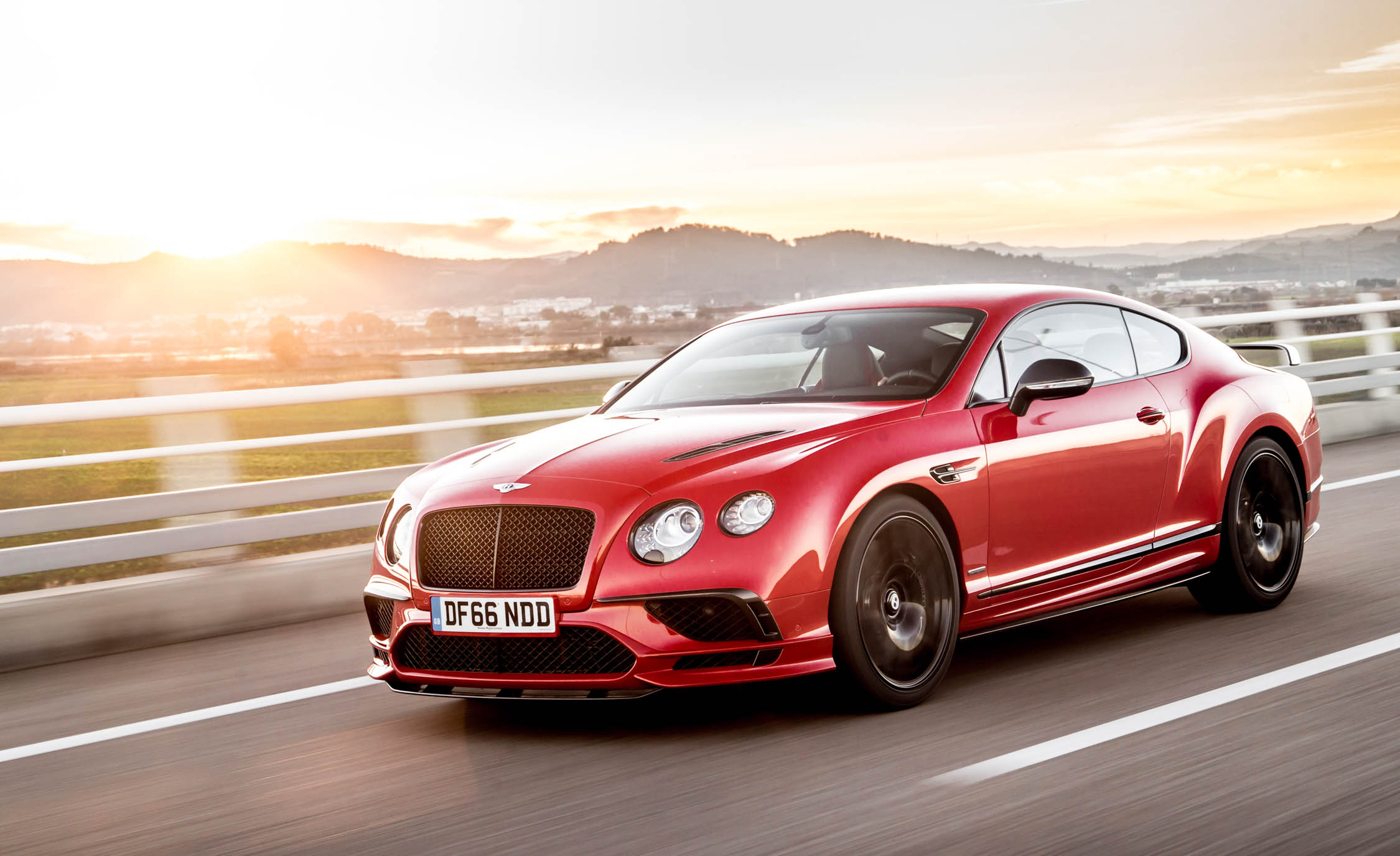 Featured Image of 2018 Bentley Continental Supersports