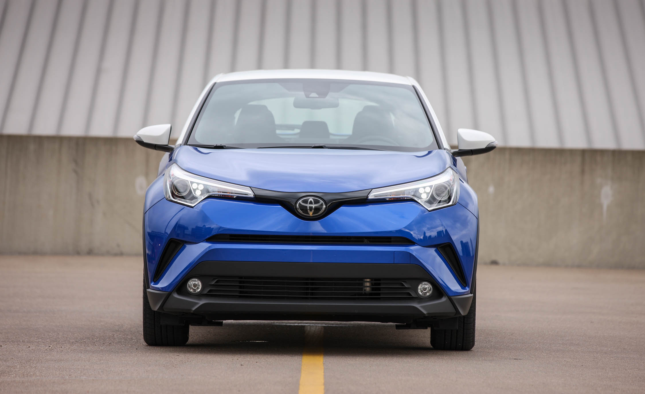 2018 Toyota C HR Blue Exterior Front (Photo 2 of 33)