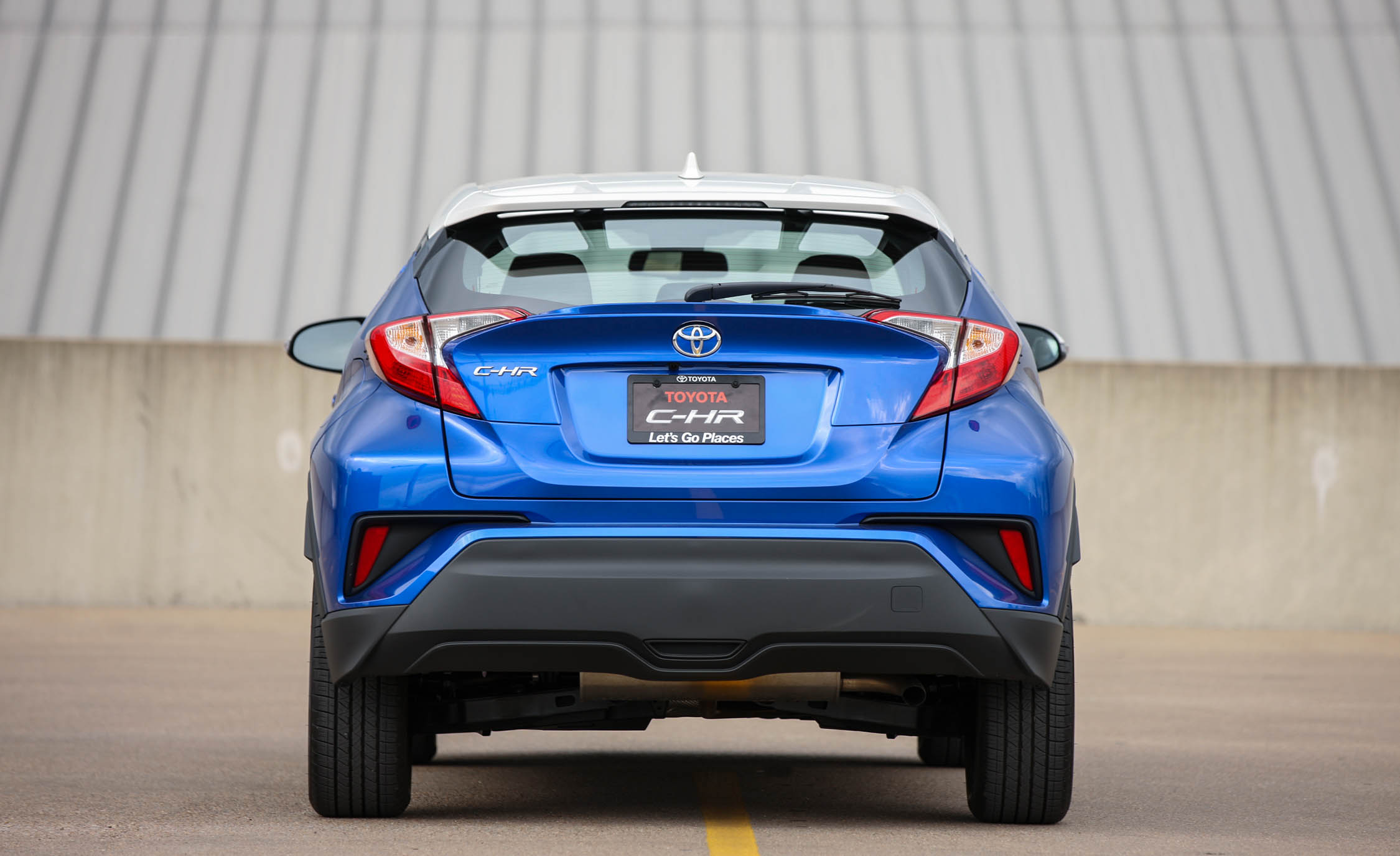 2018 Toyota C HR Blue Exterior Rear (Photo 6 of 33)