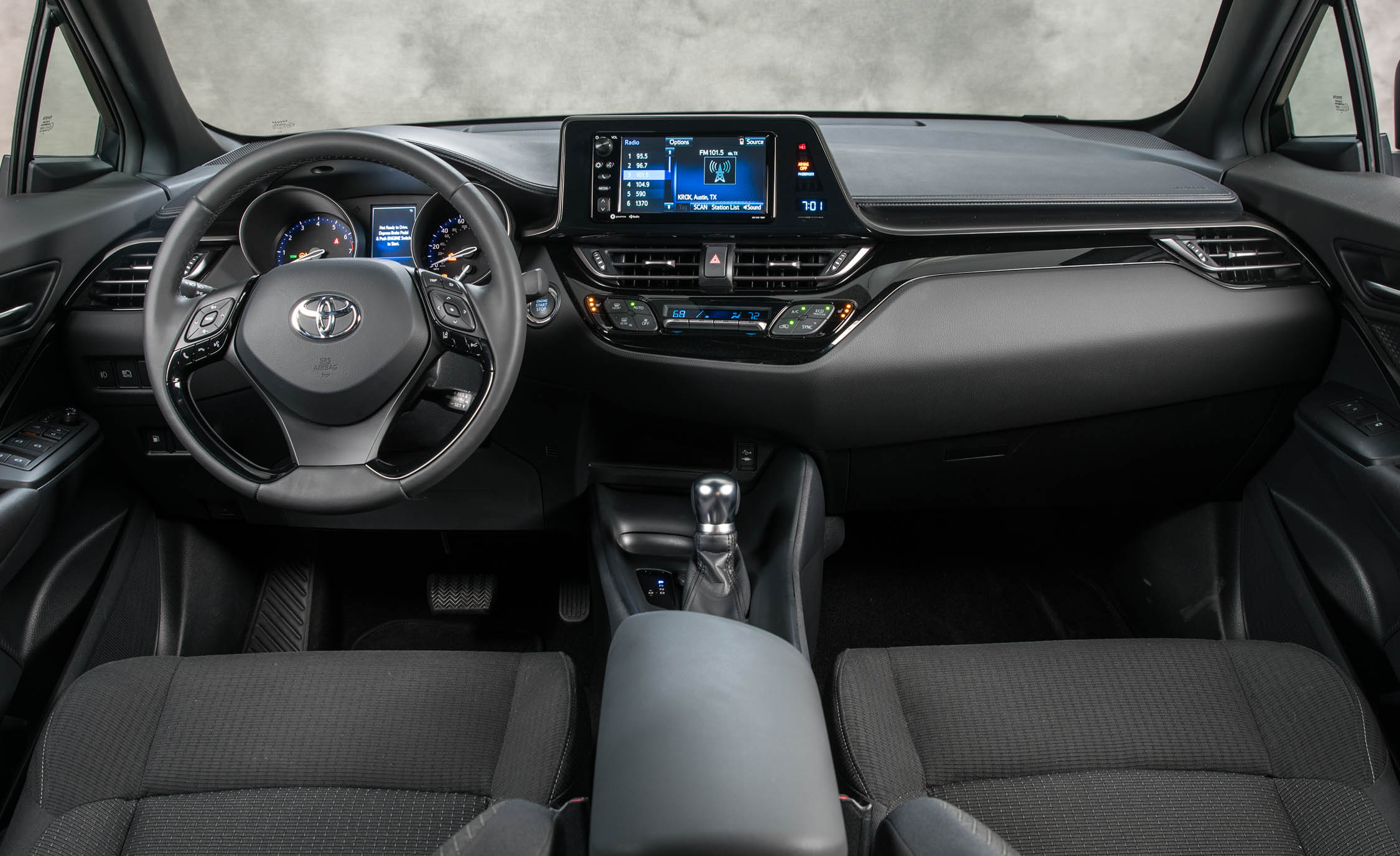 2018 Toyota C HR Interior Dashboard (Photo 12 of 33)