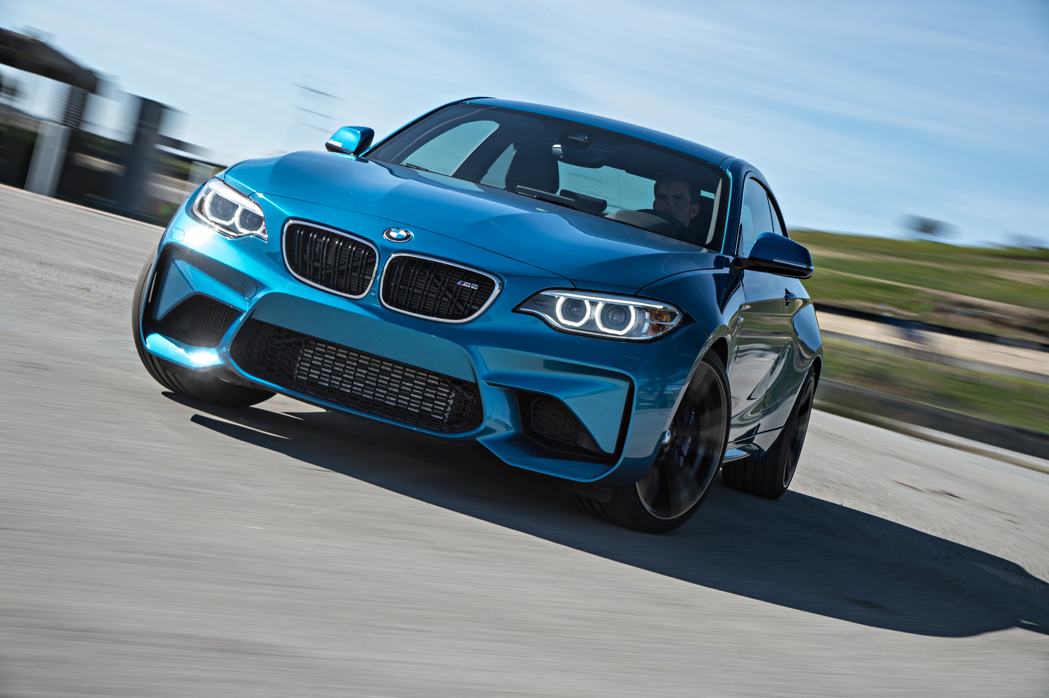 BMW M2 Coupe 2016 (Photo 4 of 61)