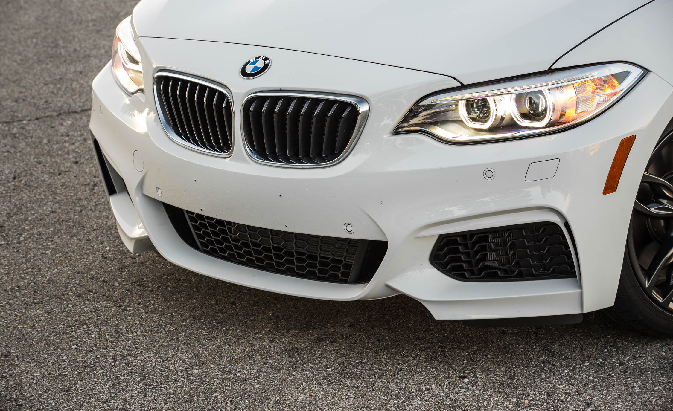 2017 BMW M240i Coupe Automatic Exterior View Front Bumper And Grille (Photo 32 of 36)