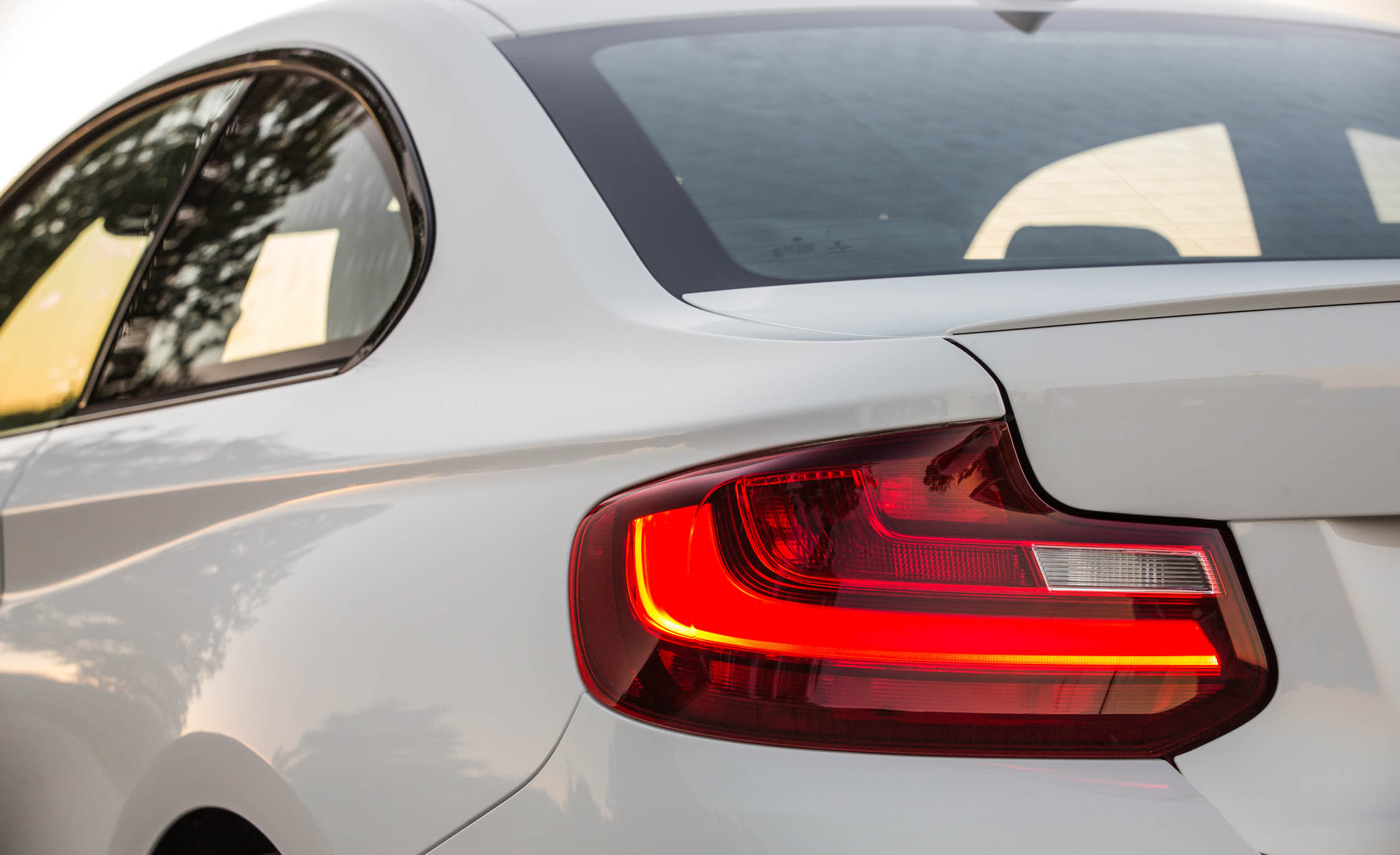 2017 BMW M240i Coupe Automatic Exterior View Taillight (Photo 18 of 36)