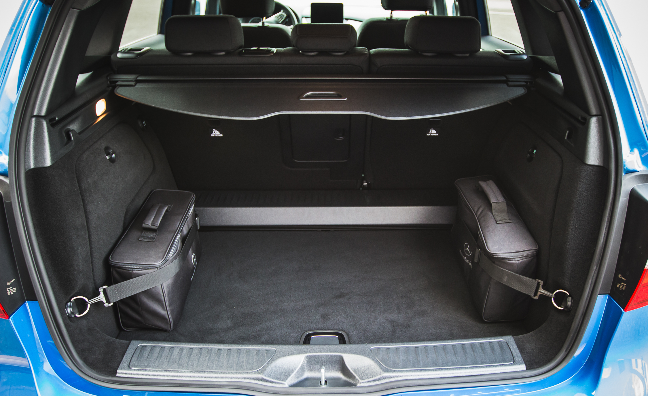 2017 Mercedes Benz B250e Interior View Cargo Space (View 7 of 24)