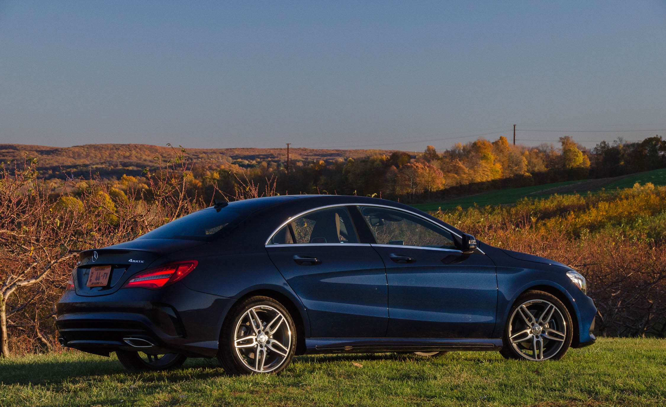 2017 Mercedes Benz CLA250 4MATIC Exterior Side And Rear (Photo 7 of 21)