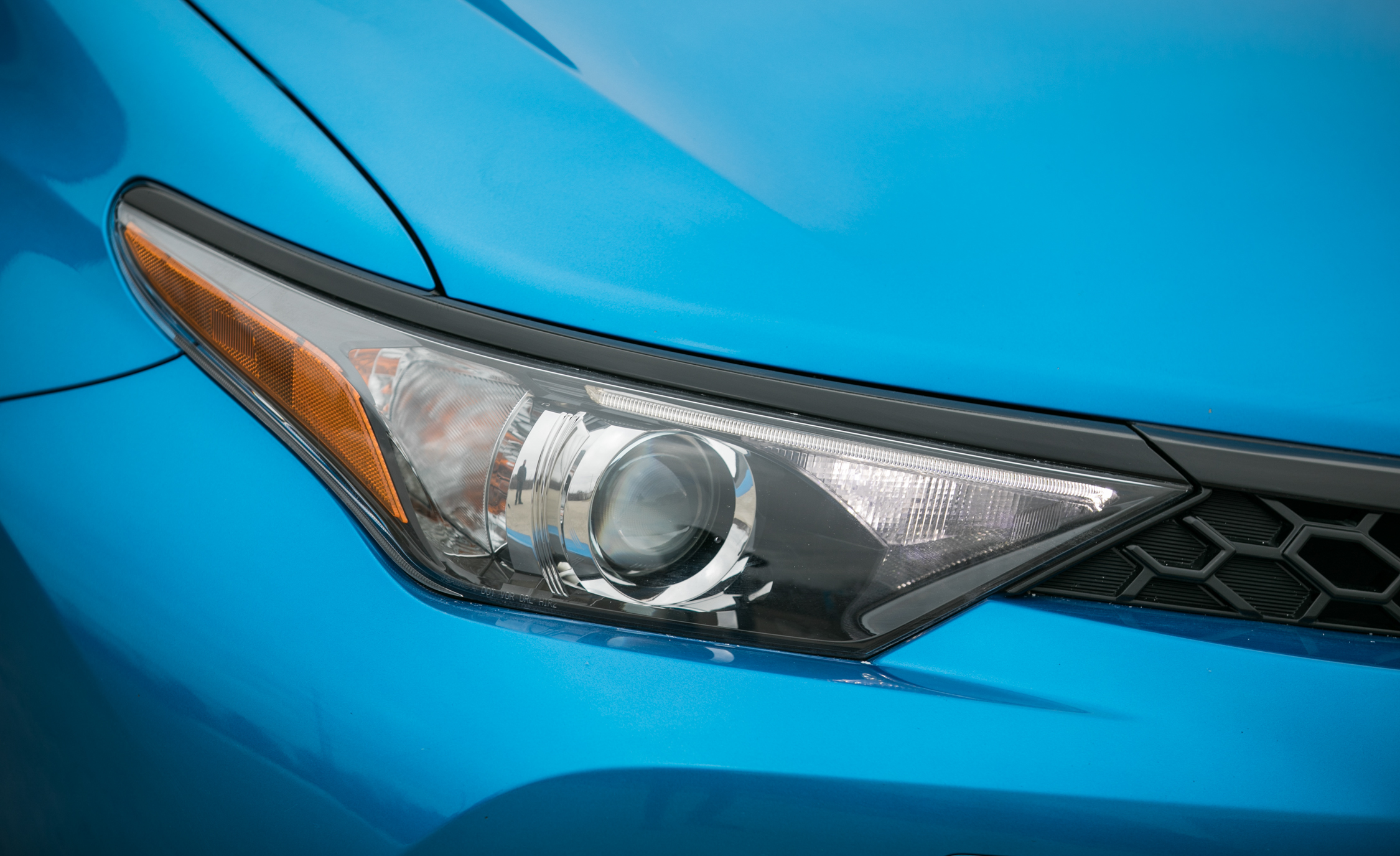 2017 Toyota Corolla IM Hatchback Exterior View Headlight (Photo 13 of 52)