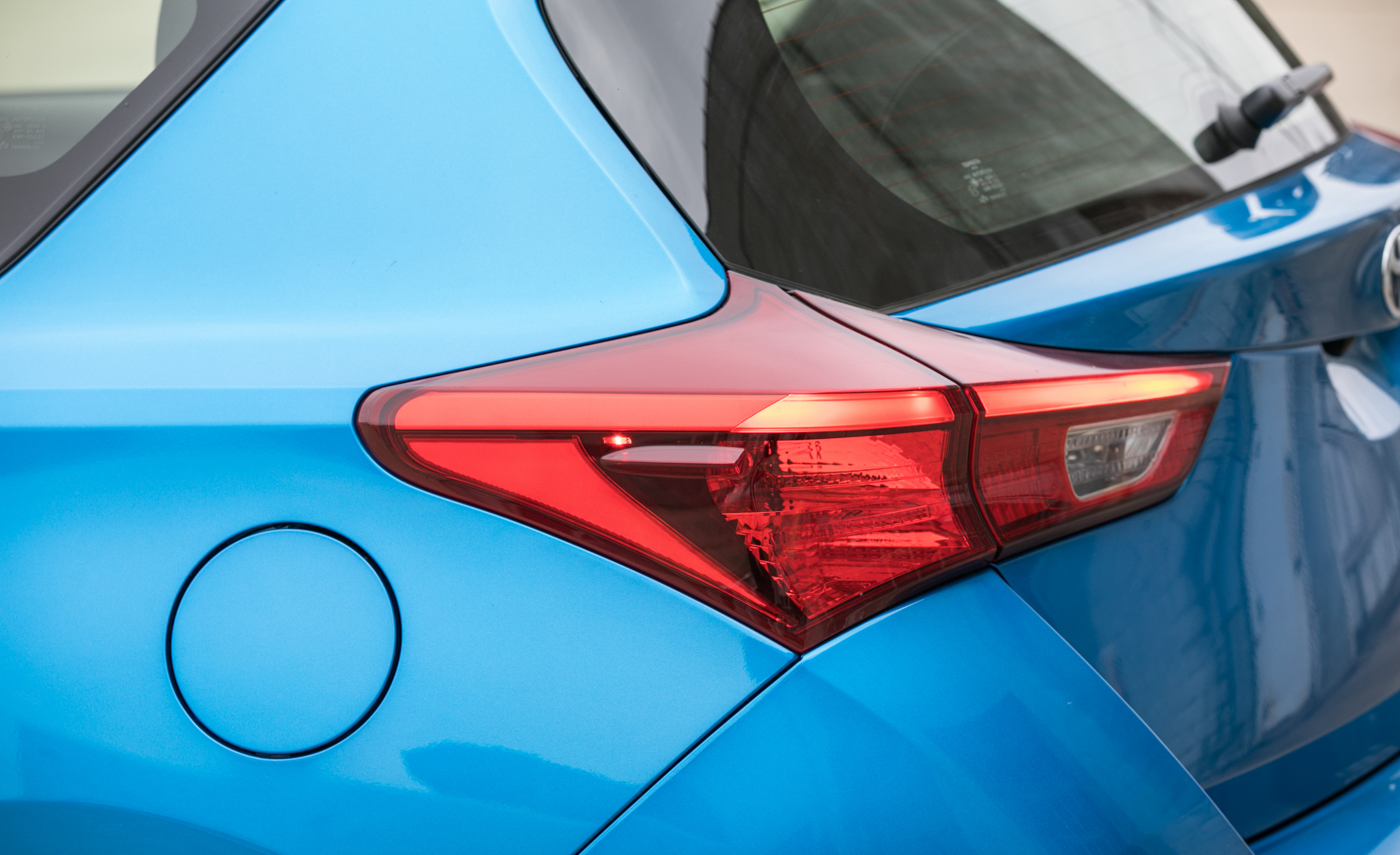 2017 Toyota Corolla IM Hatchback Exterior View Taillight (Photo 19 of 52)