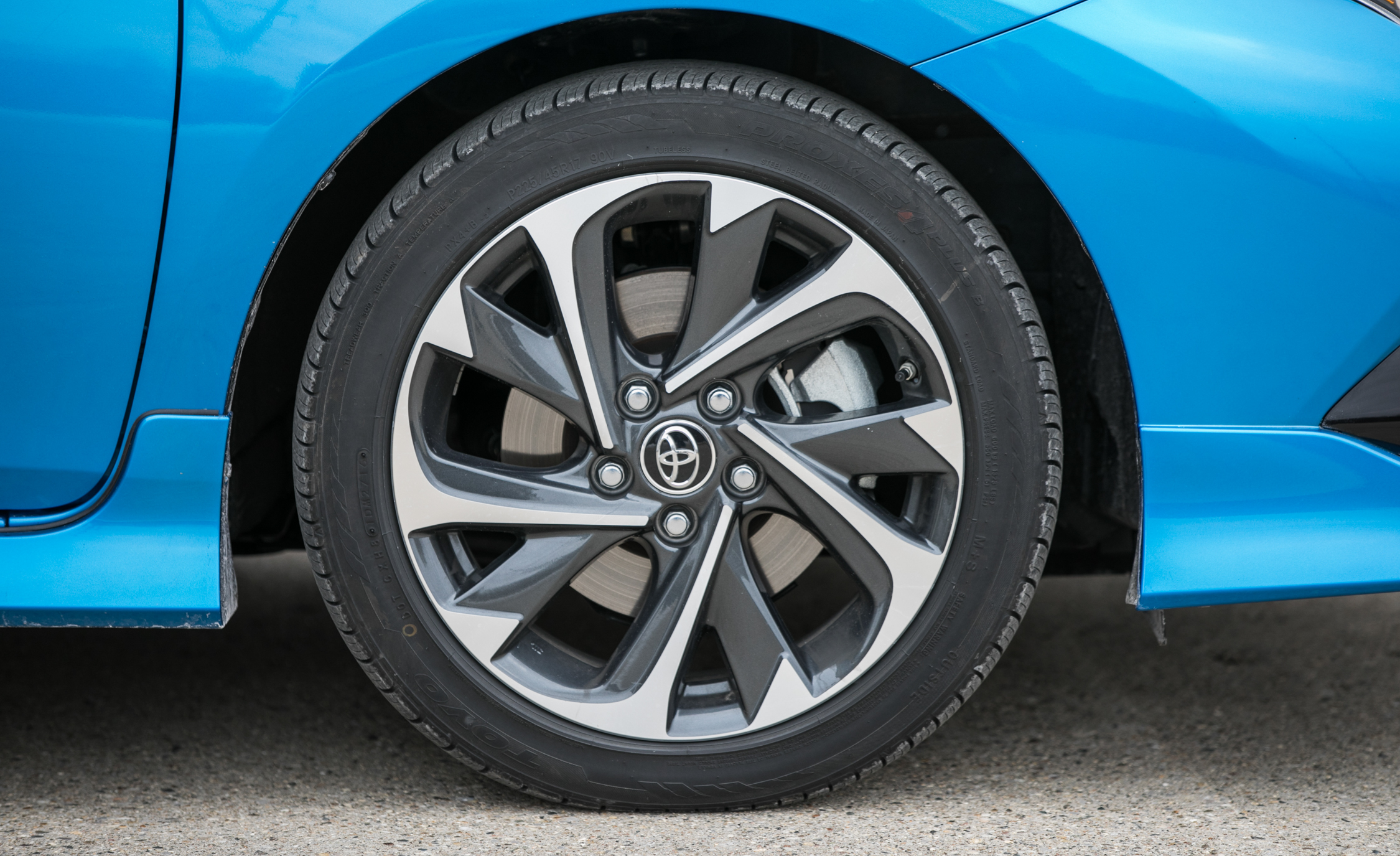 2017 Toyota Corolla IM Hatchback Exterior View Wheel Velg (Photo 21 of 52)