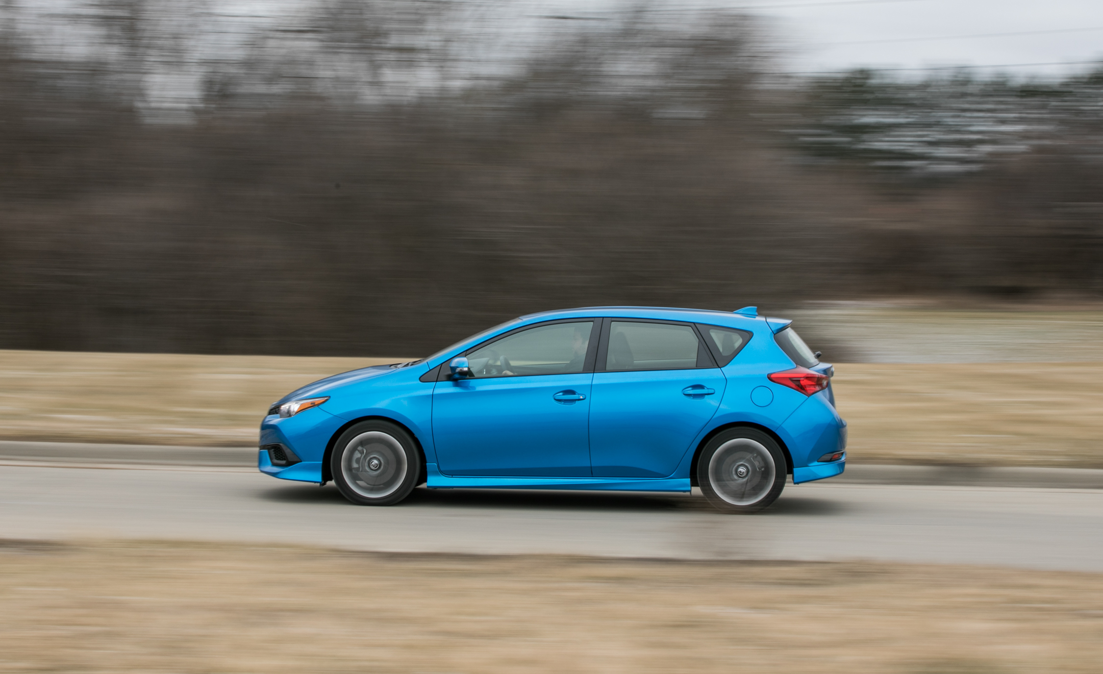 2017 Toyota Corolla IM Hatchback Test Drive Side View (Photo 51 of 52)
