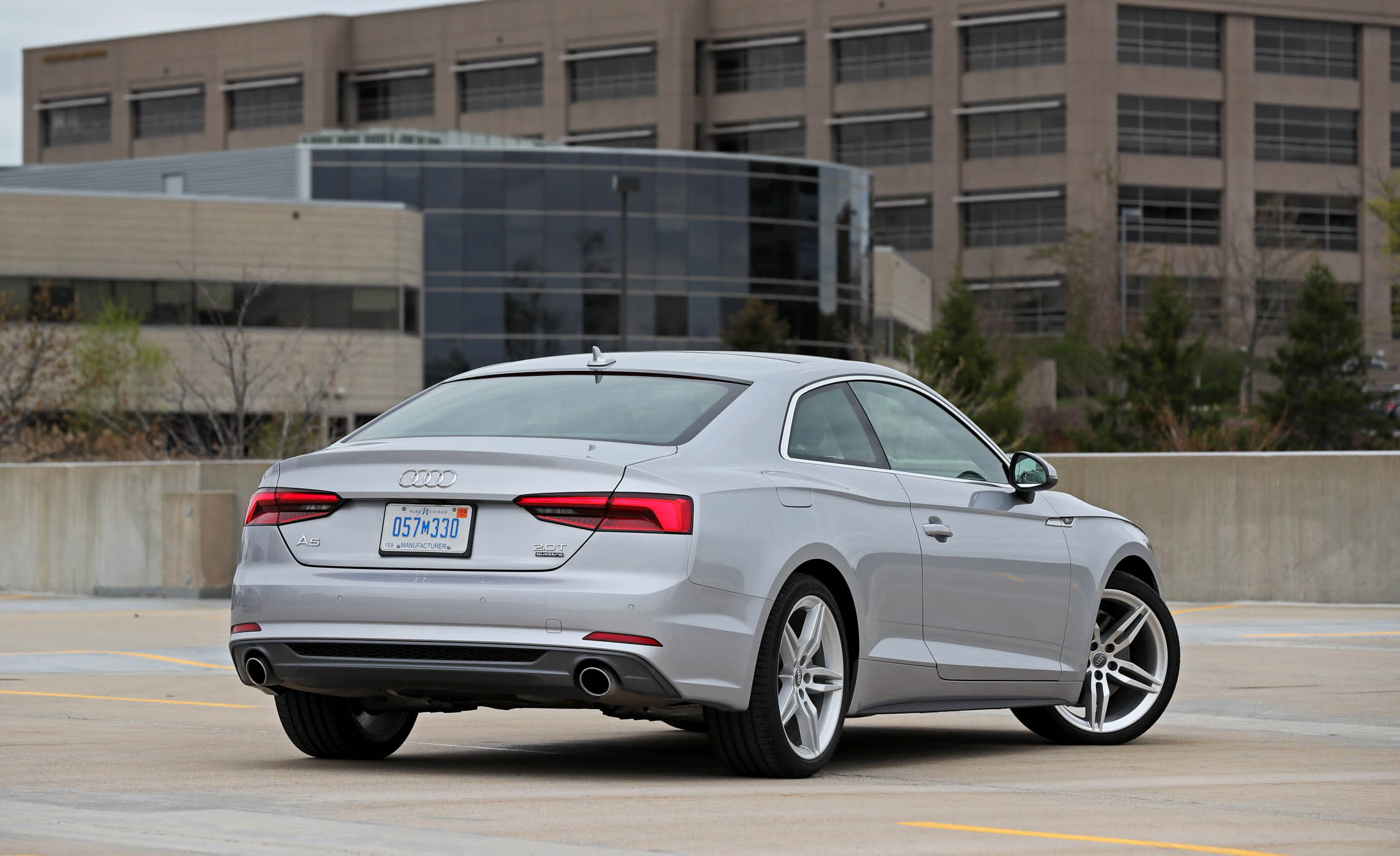 2018 Audi A5 Coupe Exterior Rear And Side (Photo 5 of 50)