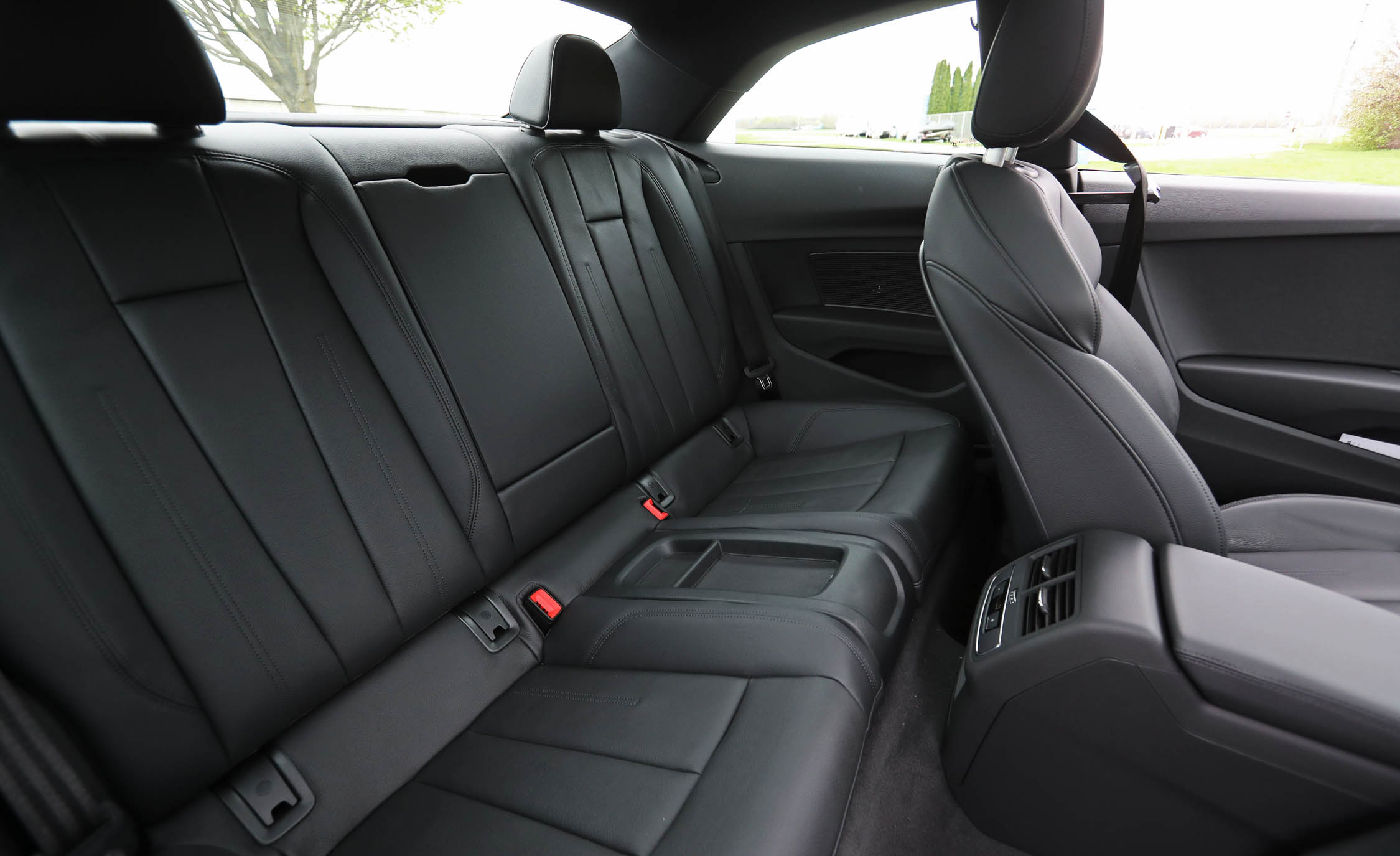 2018 Audi A5 Coupe Interior Seats Rear (Photo 20 of 50)