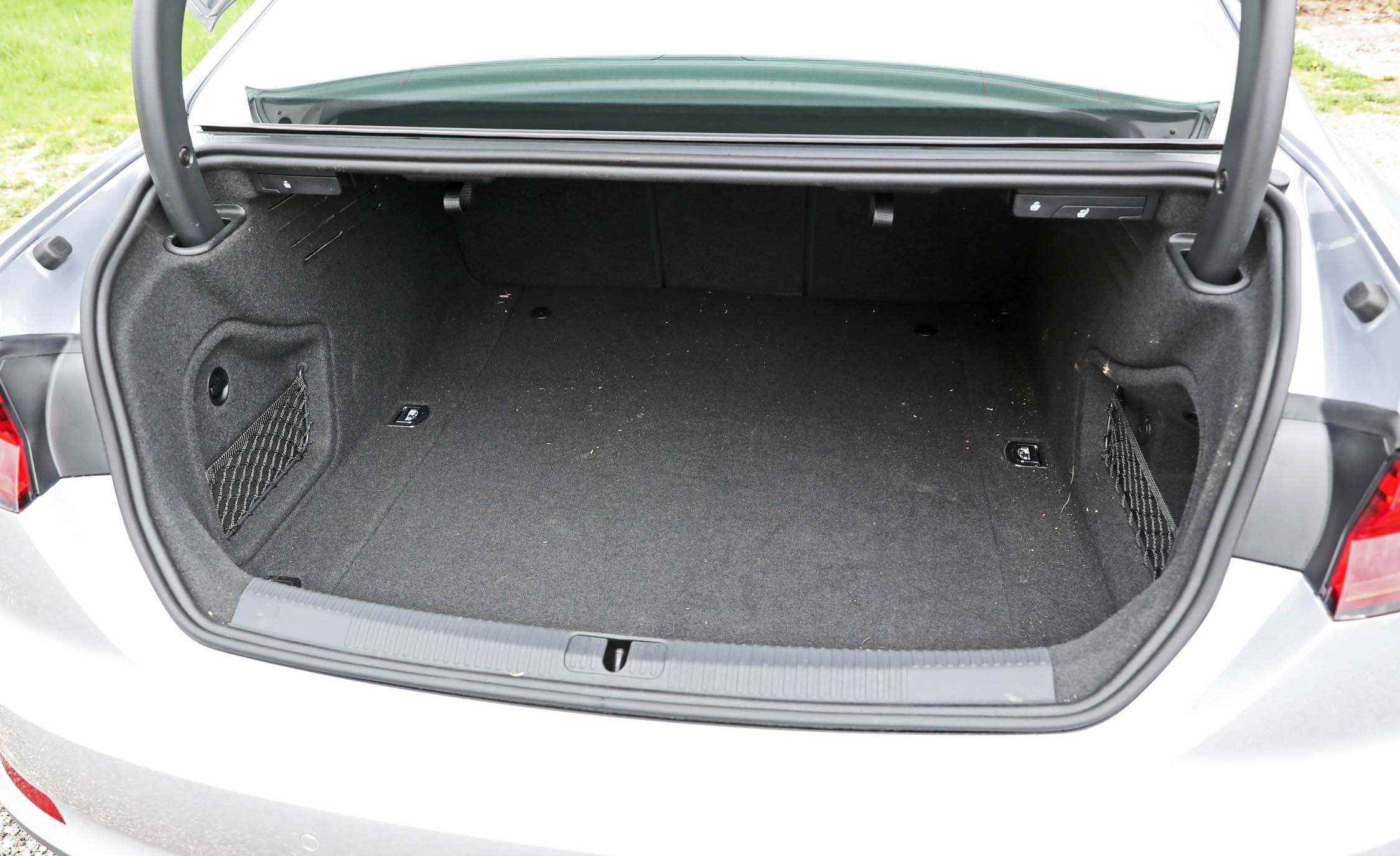 2018 Audi A5 Coupe Interior View Cargo Trunk (Photo 28 of 50)