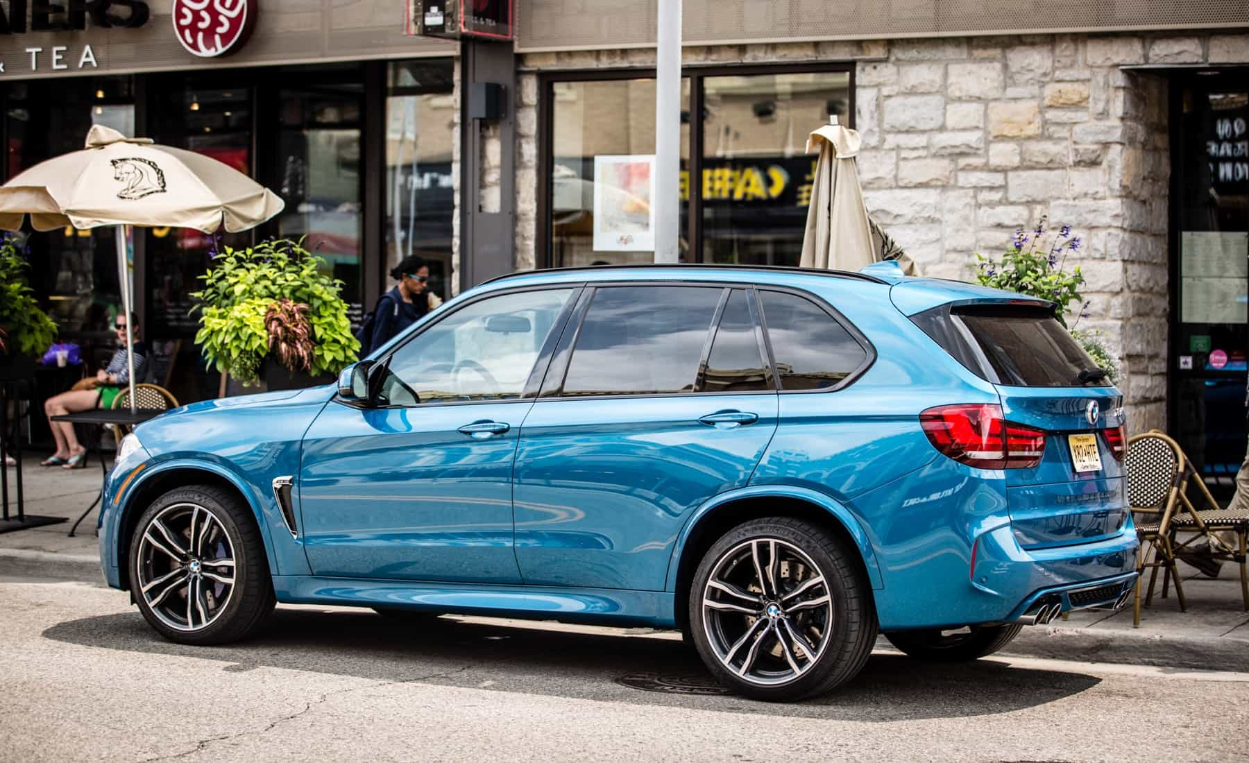 2017 BMW X5 M Exterior Side And Rear (Photo 5 of 35)