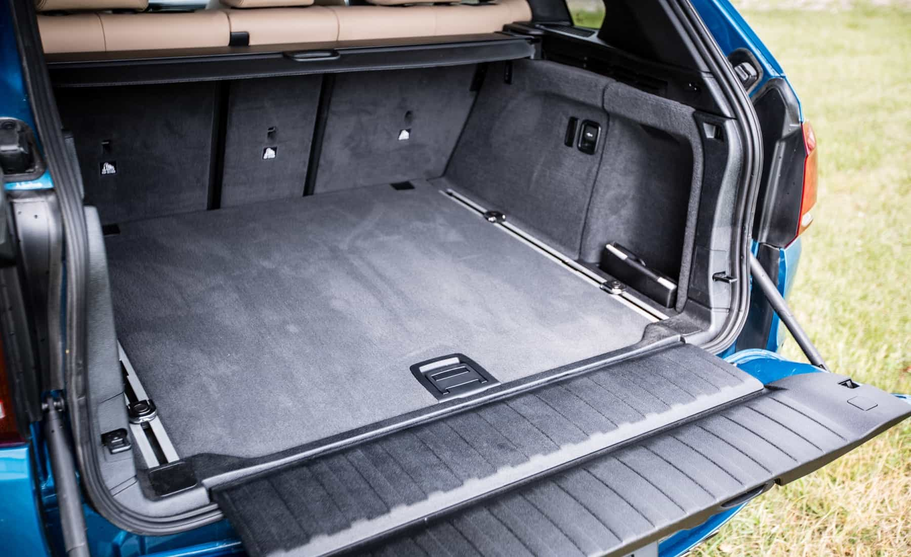 2017 BMW X5 M Interior View Cargo Capacity (Photo 14 of 35)