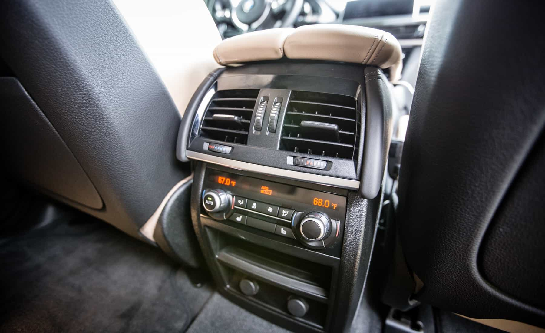 2017 BMW X5 M Interior View Seats Rear Climate Control (Photo 17 of 35)