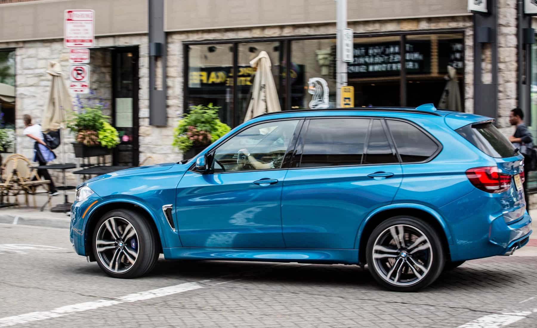2017 BMW X5 M Test Drive Side And Rear View (Photo 33 of 35)