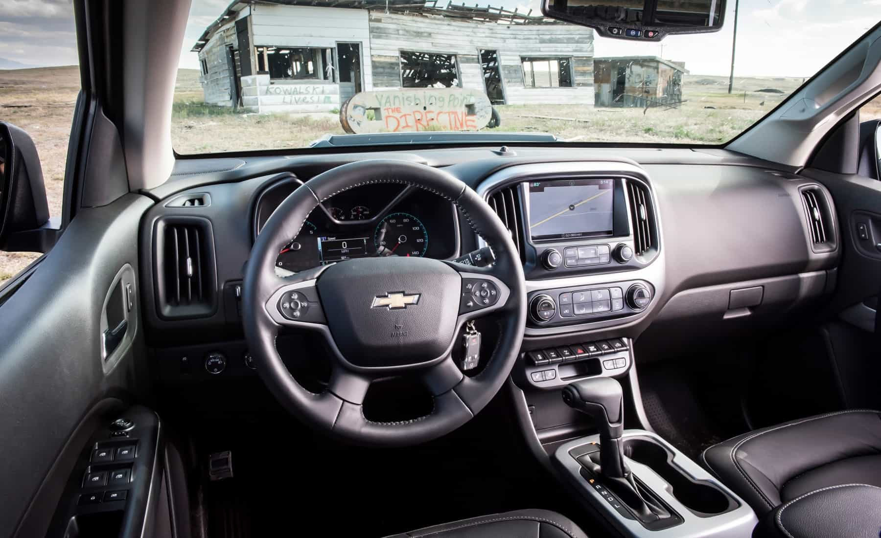 2017 Chevrolet Colorado ZR2 Crew Cab Diesel Interior Cockpit And Dashboard (View 14 of 16)