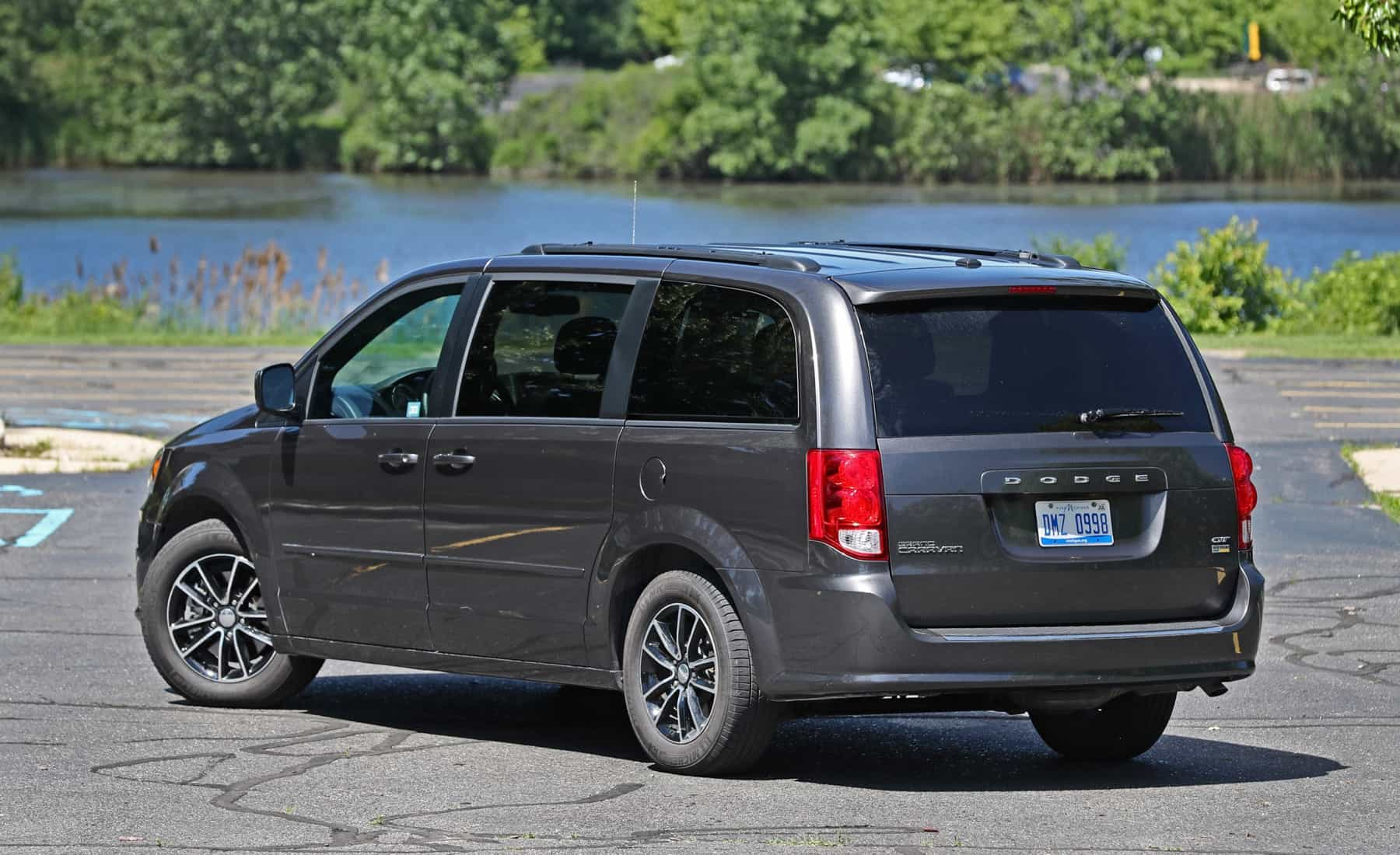 2017 Dodge Grand Caravan Exterior Rear And Side (Photo 7 of 47)