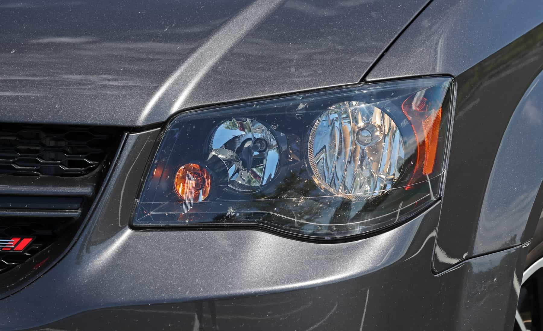 2017 Dodge Grand Caravan Exterior View Headlight (Photo 13 of 47)