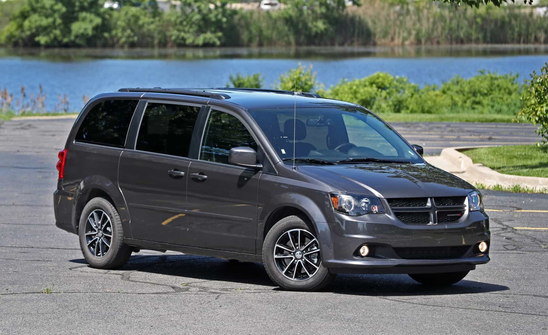 Featured Image of 2017 Dodge Grand Caravan