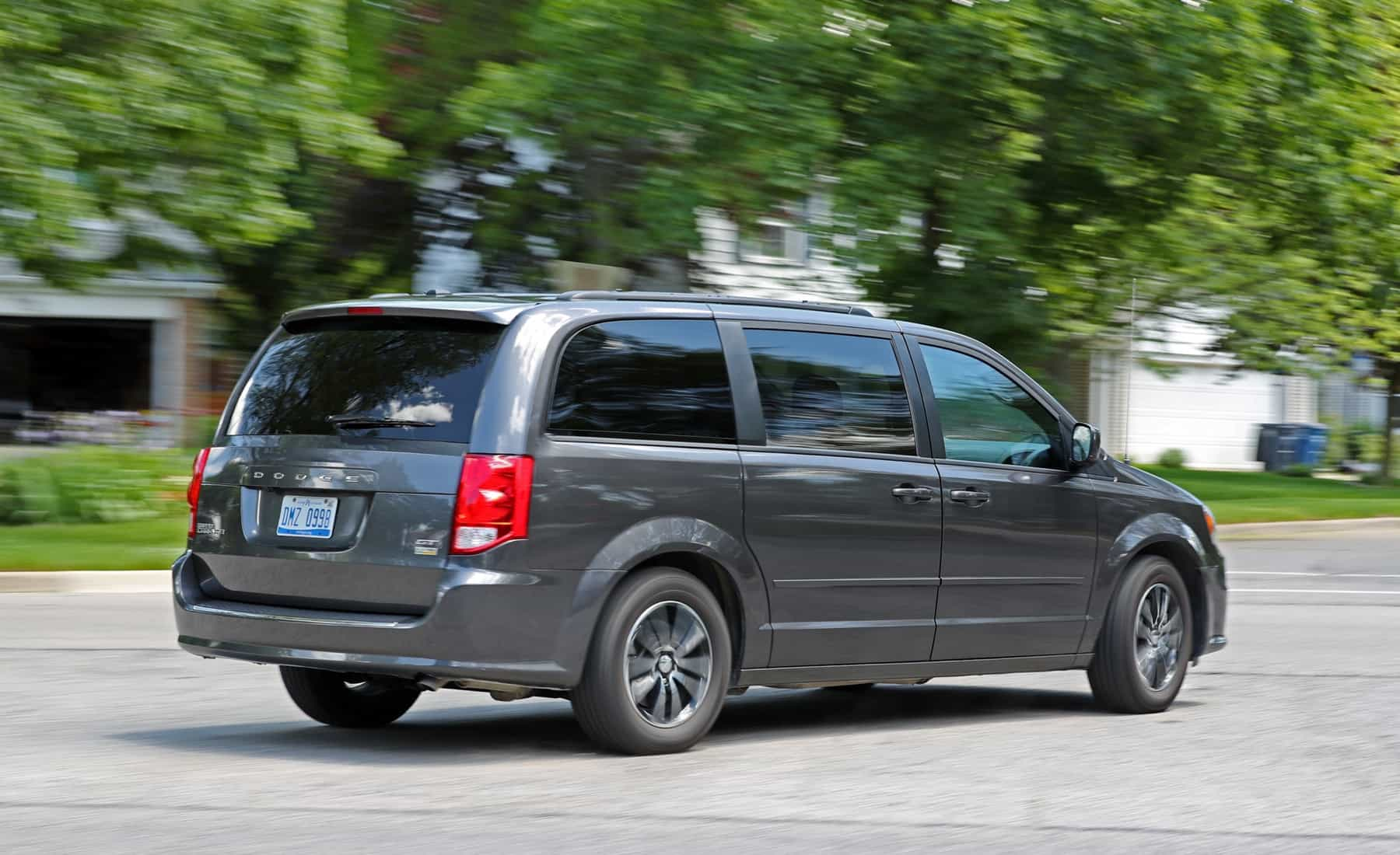 2017 Dodge Grand Caravan Test Drive Rear And Side Preview (Photo 42 of 47)
