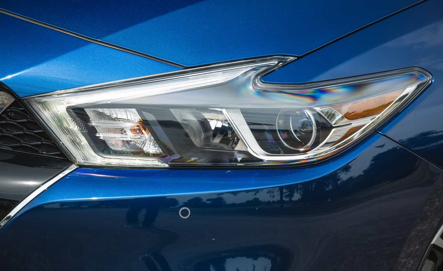 2017 Nissan Maxima Exterior View Headlight (Photo 8 of 40)
