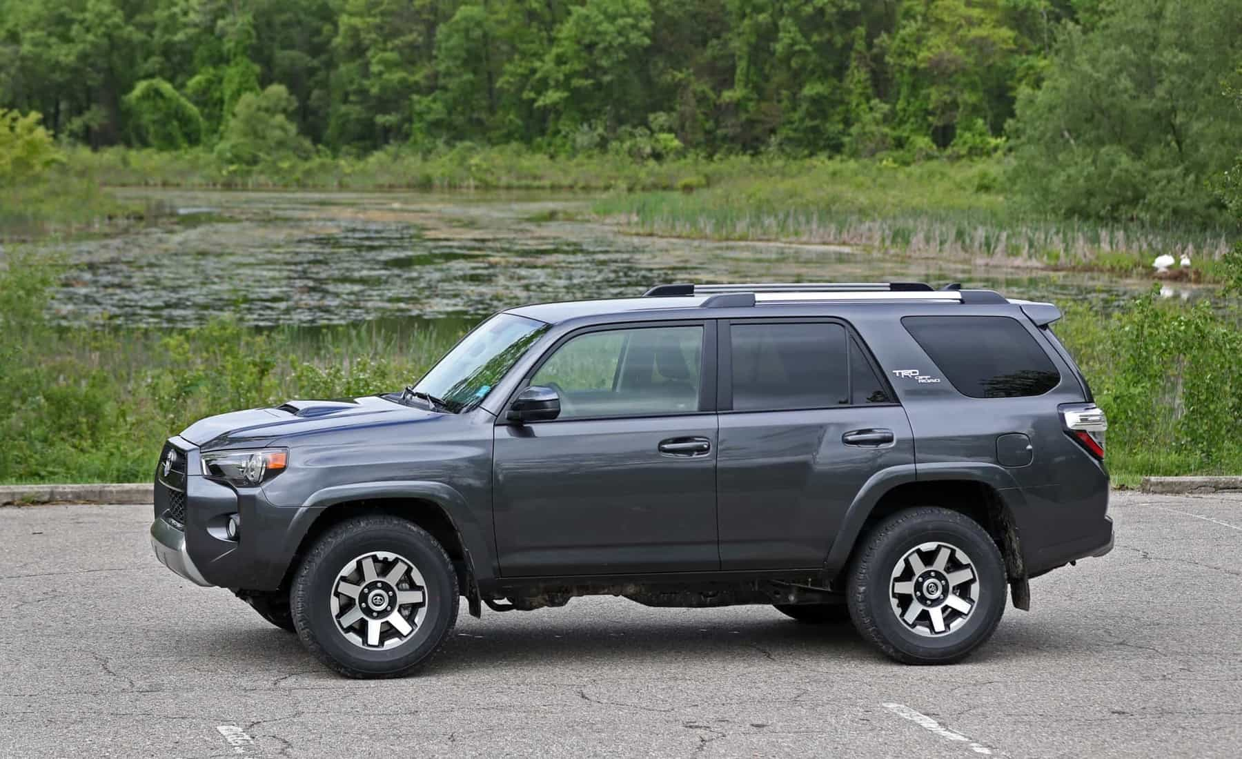 2017 Toyota 4Runner TRD Off Road 4WD Exterior Side View (Photo 36 of 40)