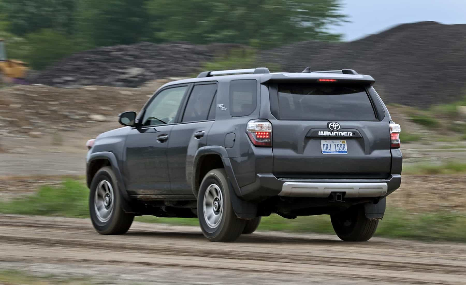 2017 Toyota 4Runner TRD Off Road 4WD Test Drive Rear And Side View (Photo 35 of 40)