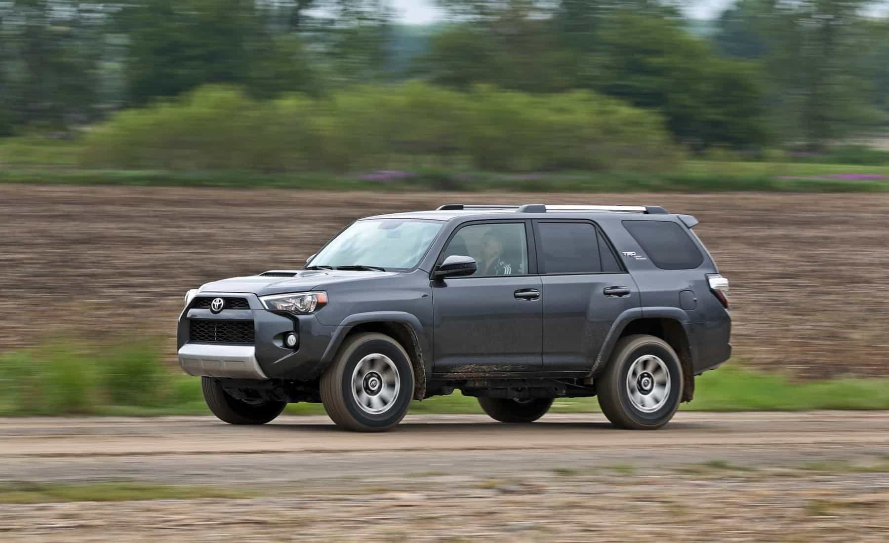 2017 Toyota 4Runner TRD Off Road 4WD (Photo 1 of 40)