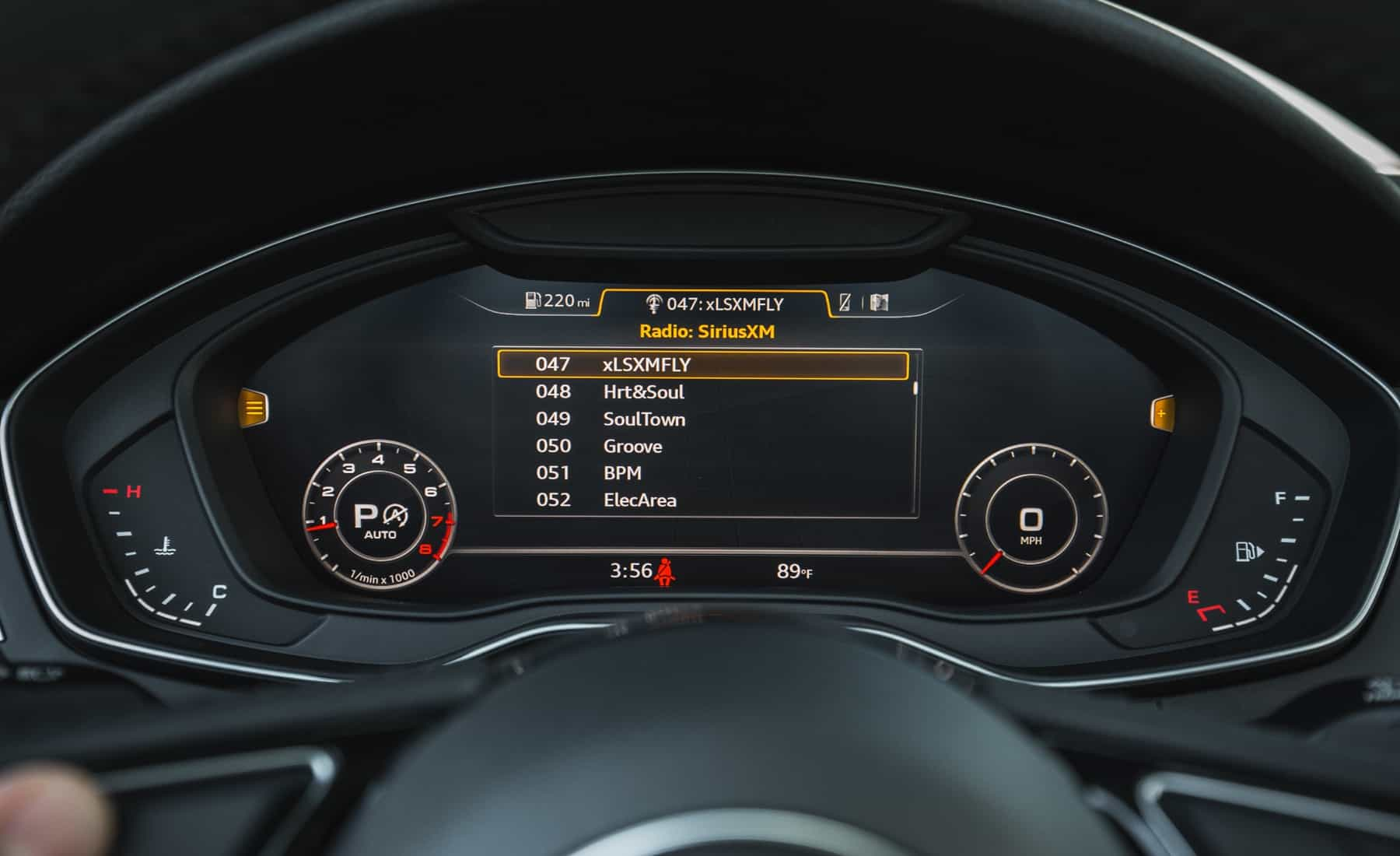 2018 Audi A5 Cabriolet Interior View Instrument Cluster (Photo 15 of 45)