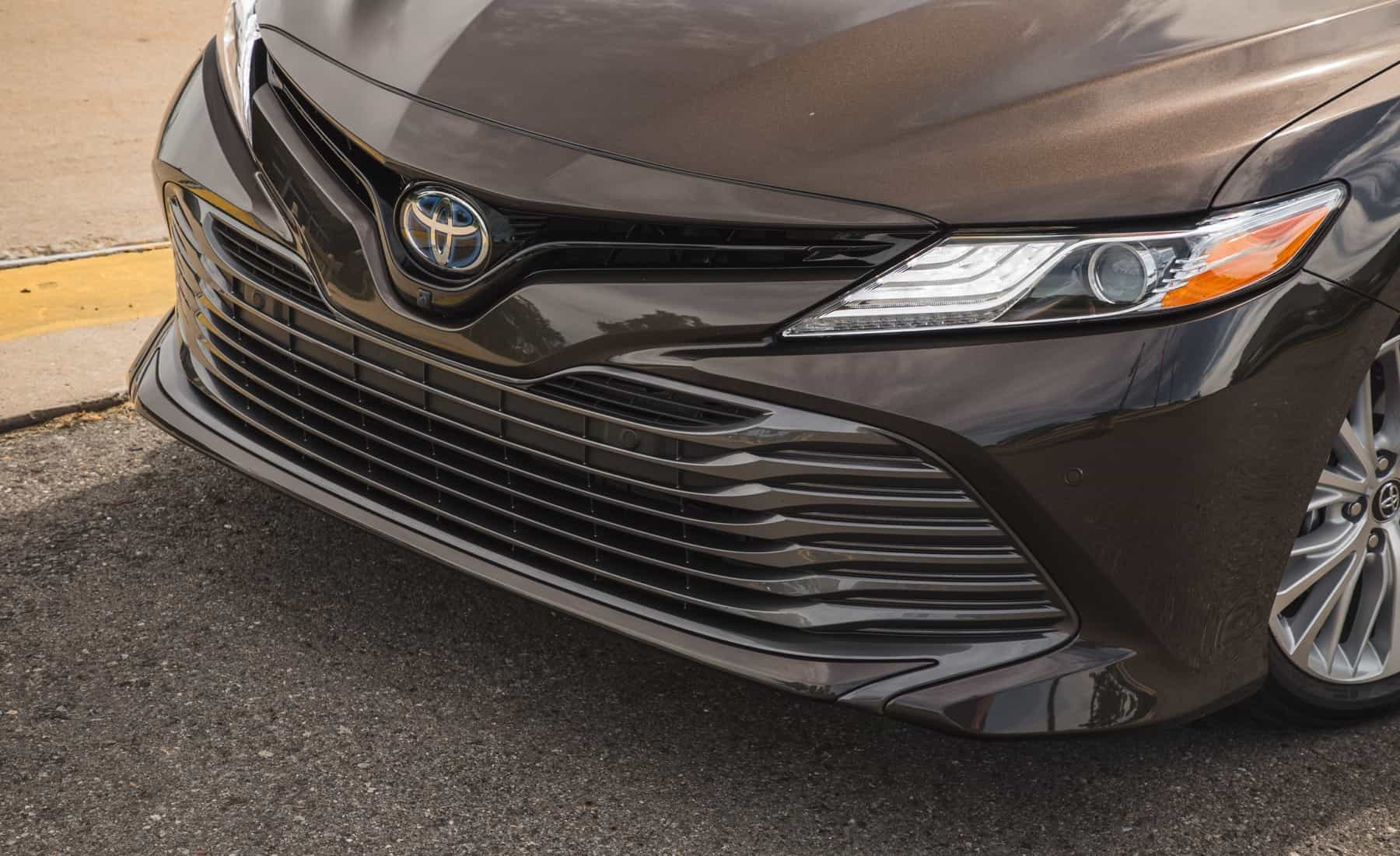 2018 Toyota Camry Hybrid XLE Exterior View Grille And Bumper (Photo 9 of 41)