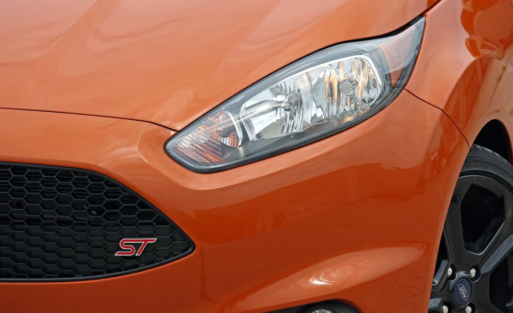 2017 Ford Fiesta ST Exterior View Headlight (Photo 43 of 47)