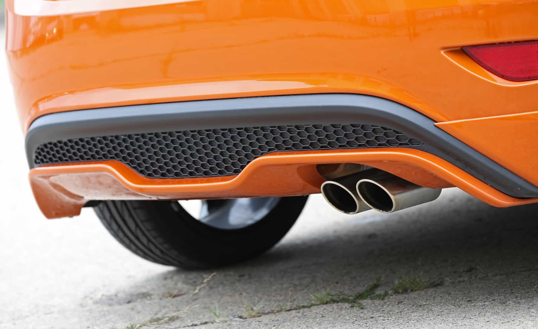 2017 Ford Fiesta ST Exterior View Rear Bumper And Exhaust (Photo 11 of 47)