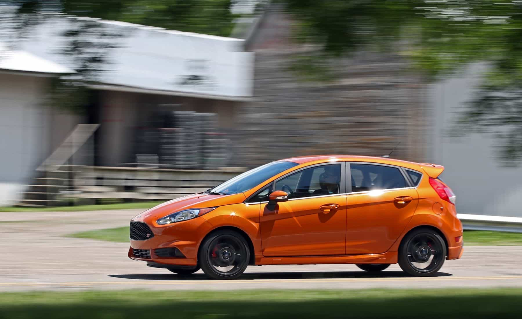 2017 Ford Fiesta ST Test Drive Orange Metallic (Photo 8 of 47)
