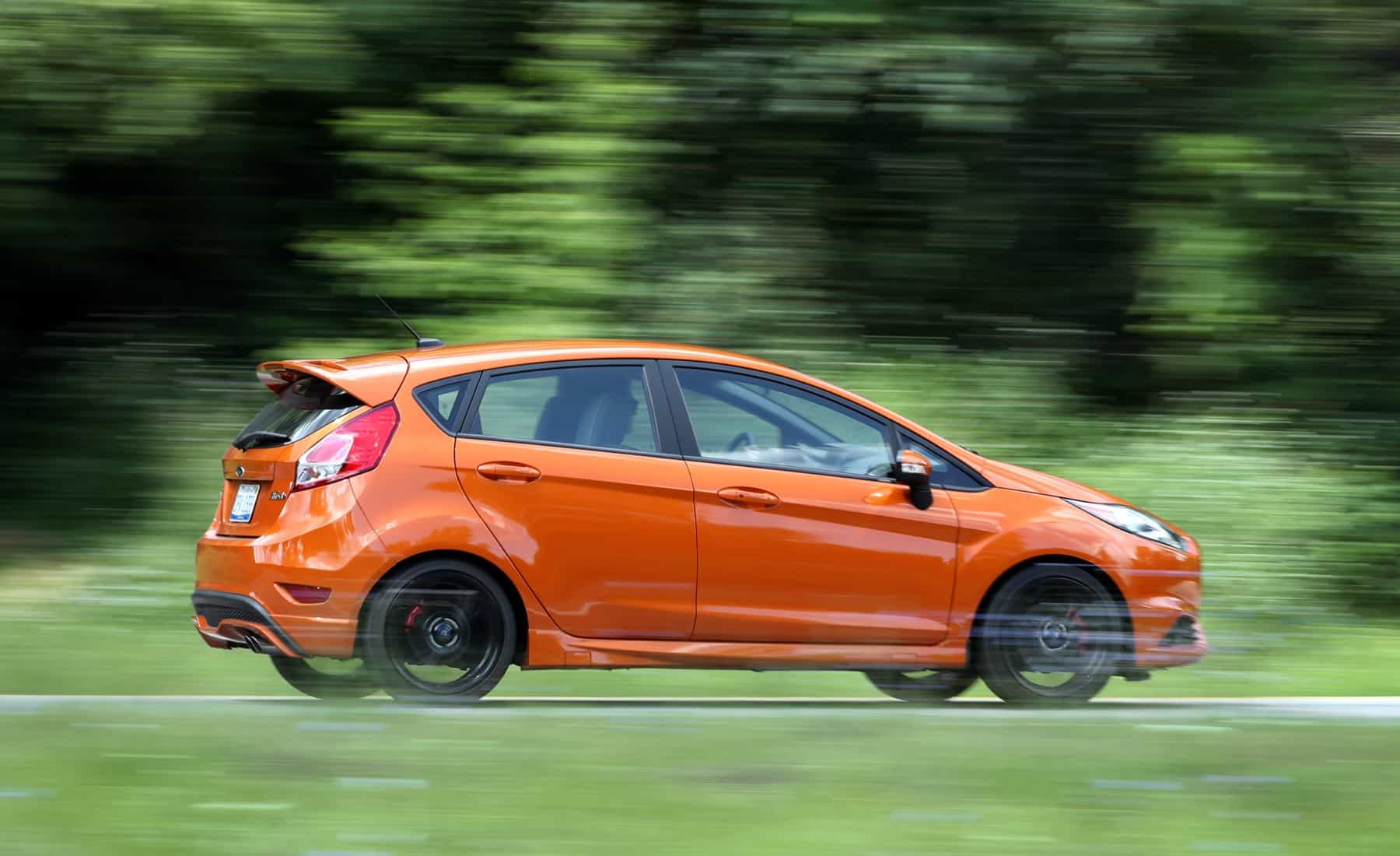 2017 Ford Fiesta ST Test Drive Side Corner (Photo 44 of 47)