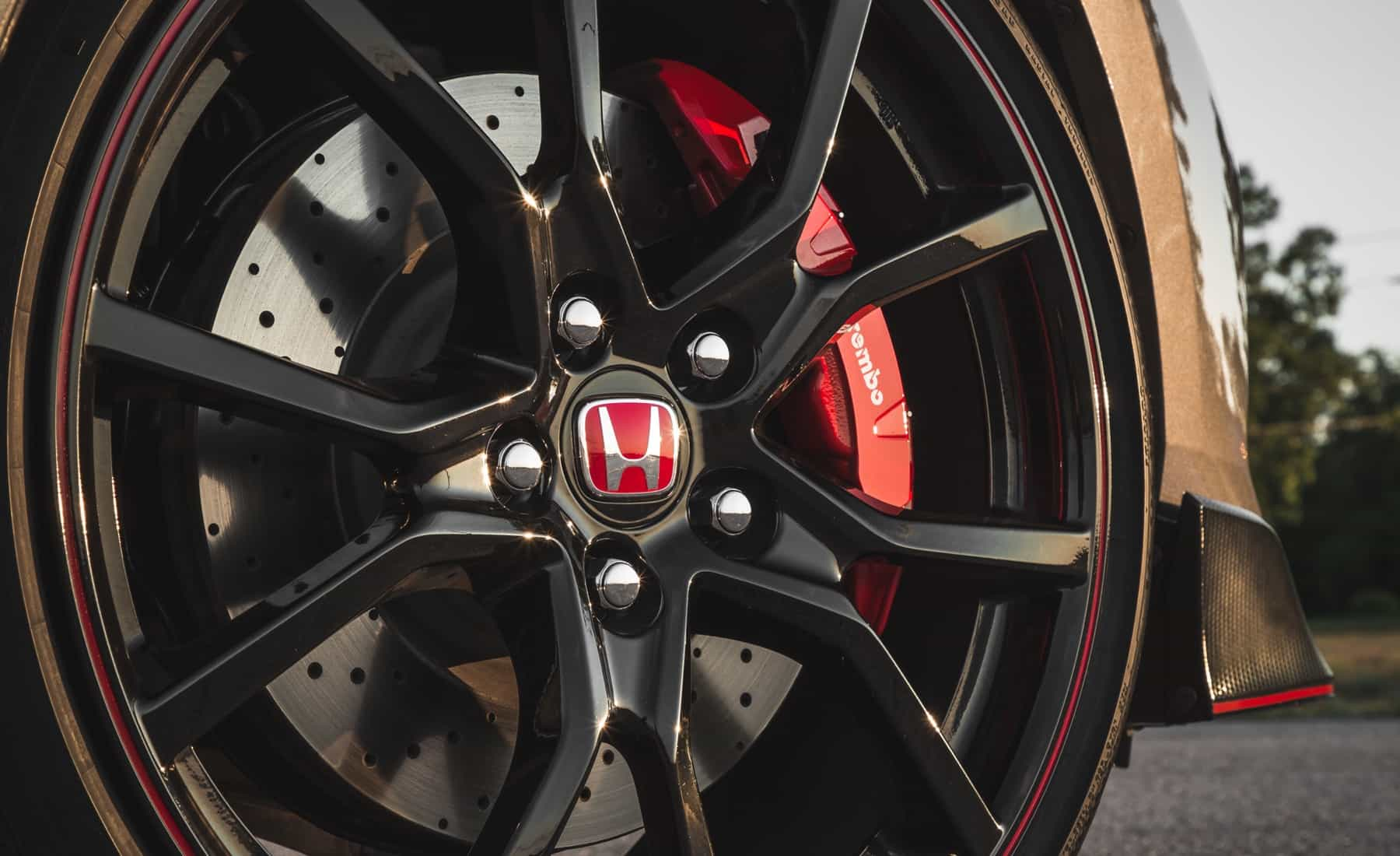 2017 Honda Civic Type R Exterior View Wheel Break Caliper (Photo 34 of 48)