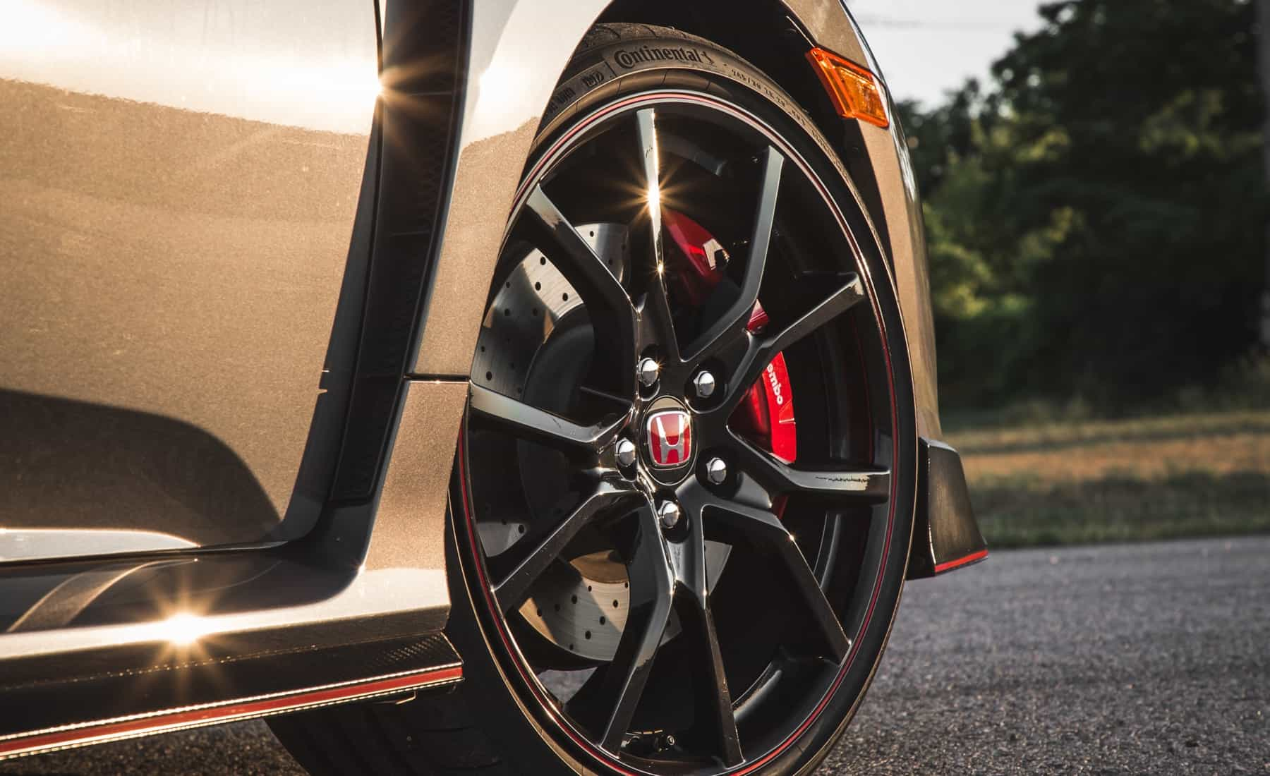 2017 Honda Civic Type R Exterior View Wheel Velg (Photo 35 of 48)