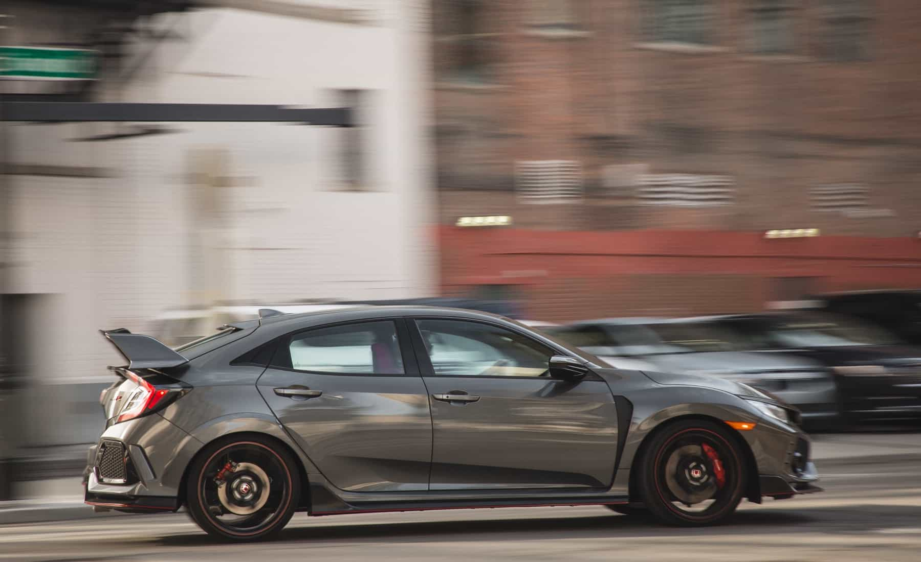 2017 Honda Civic Type R Test Drive Side Corner (Photo 10 of 48)